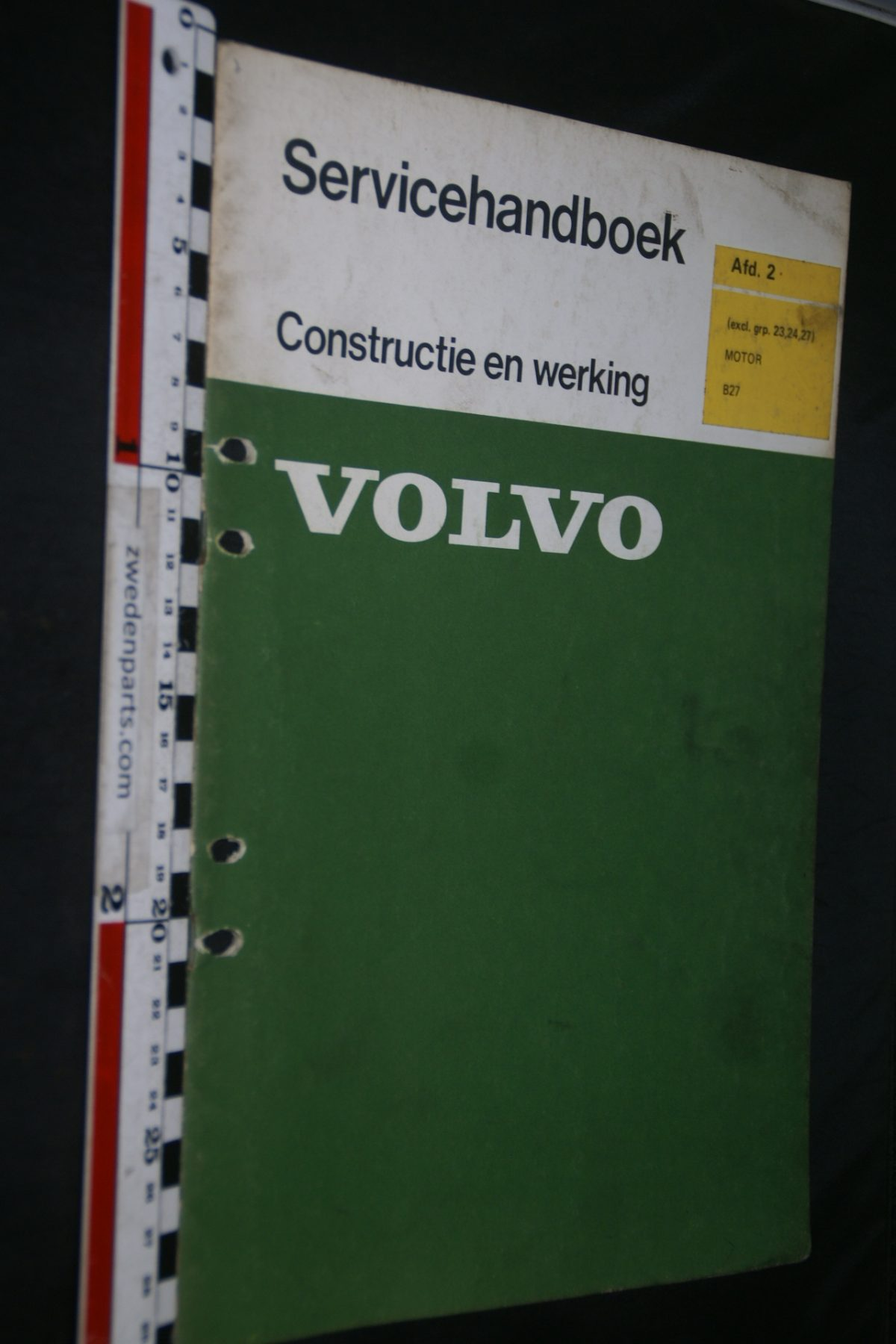 DSC06760 1975 origineel Volvo B27 motor 260 servicehandboek 2 1 van 500 TP 10984-1