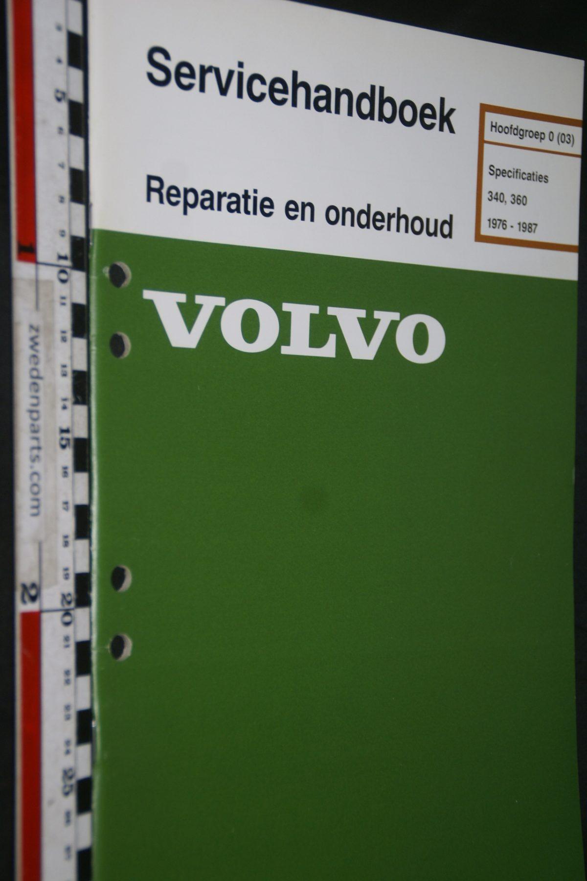 DSC06820 1986 origineel Volvo 340.360 servicehandboek 0 (03)  specificaties 1 van 700 TP 35028-8