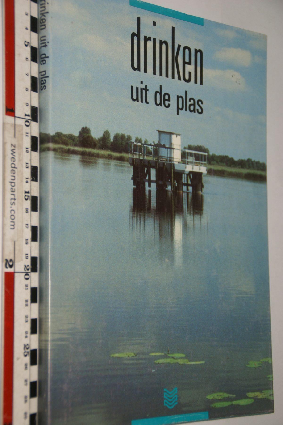 DSC06899 boek Drinken uit de Plas  van Waternet ISBN 9080024813
