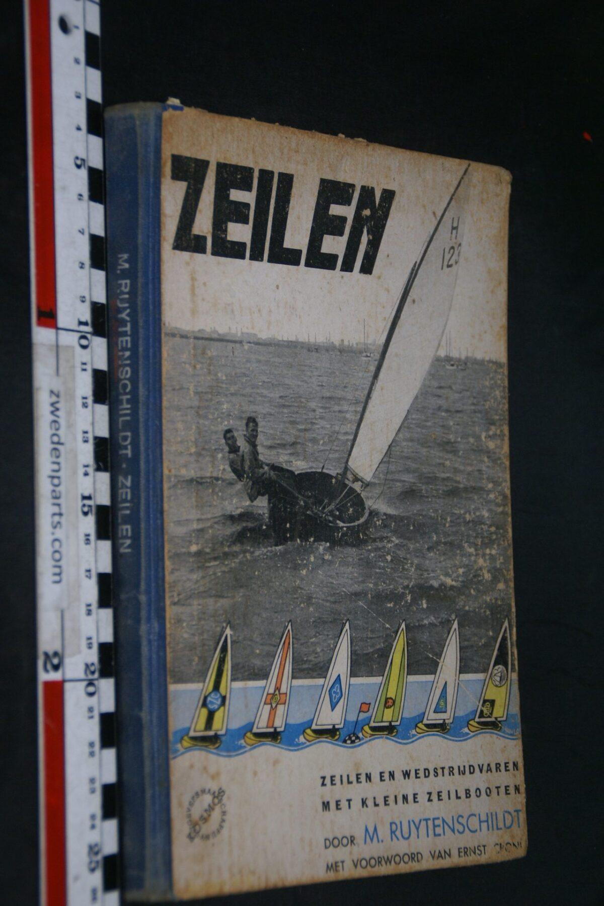 DSC06924 1982 boek zeilen en wedstrijd varen van M. Ruytenschildt