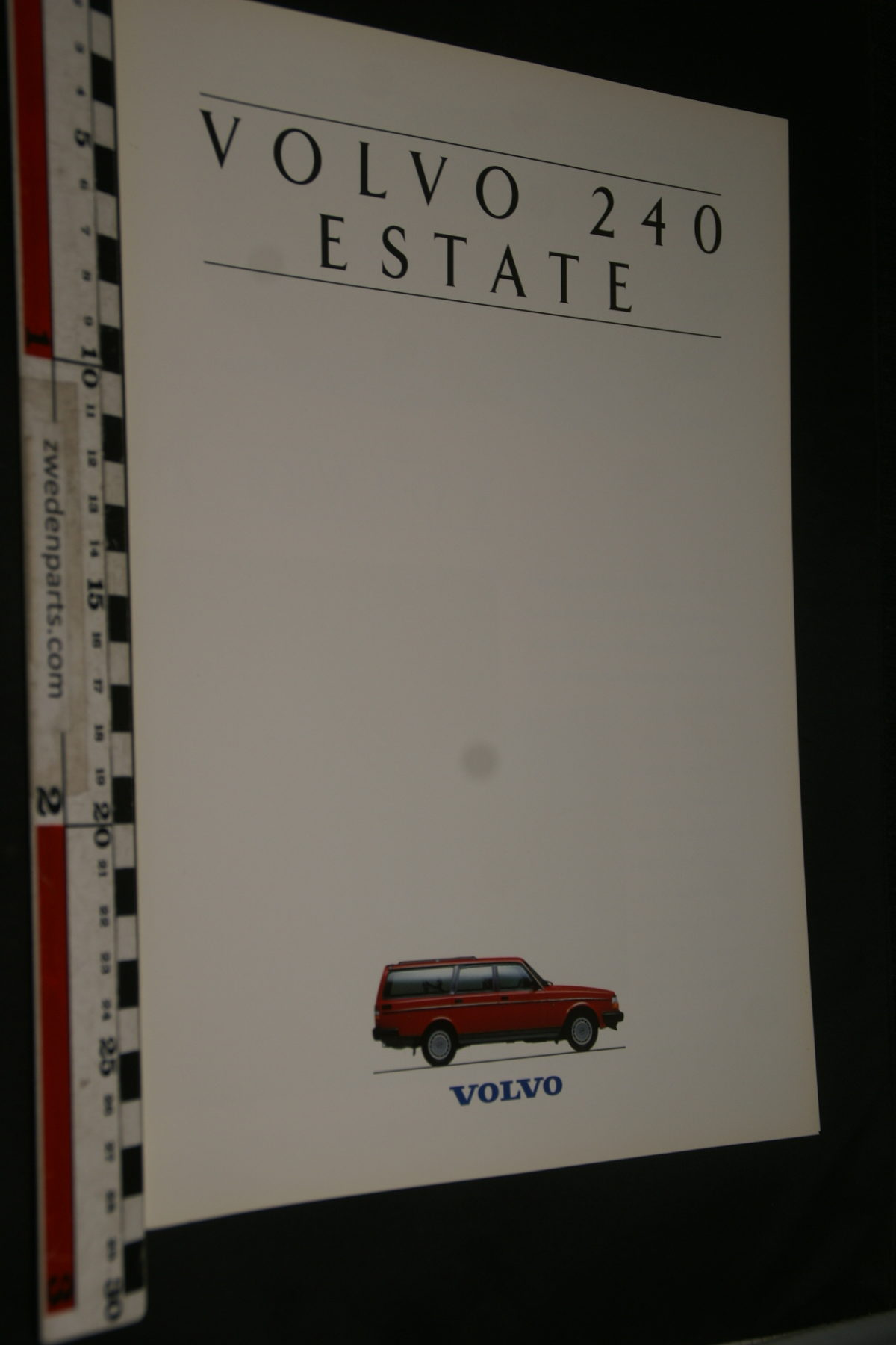 DSC07930 ca 1989 brochure Volvo 245 Estate