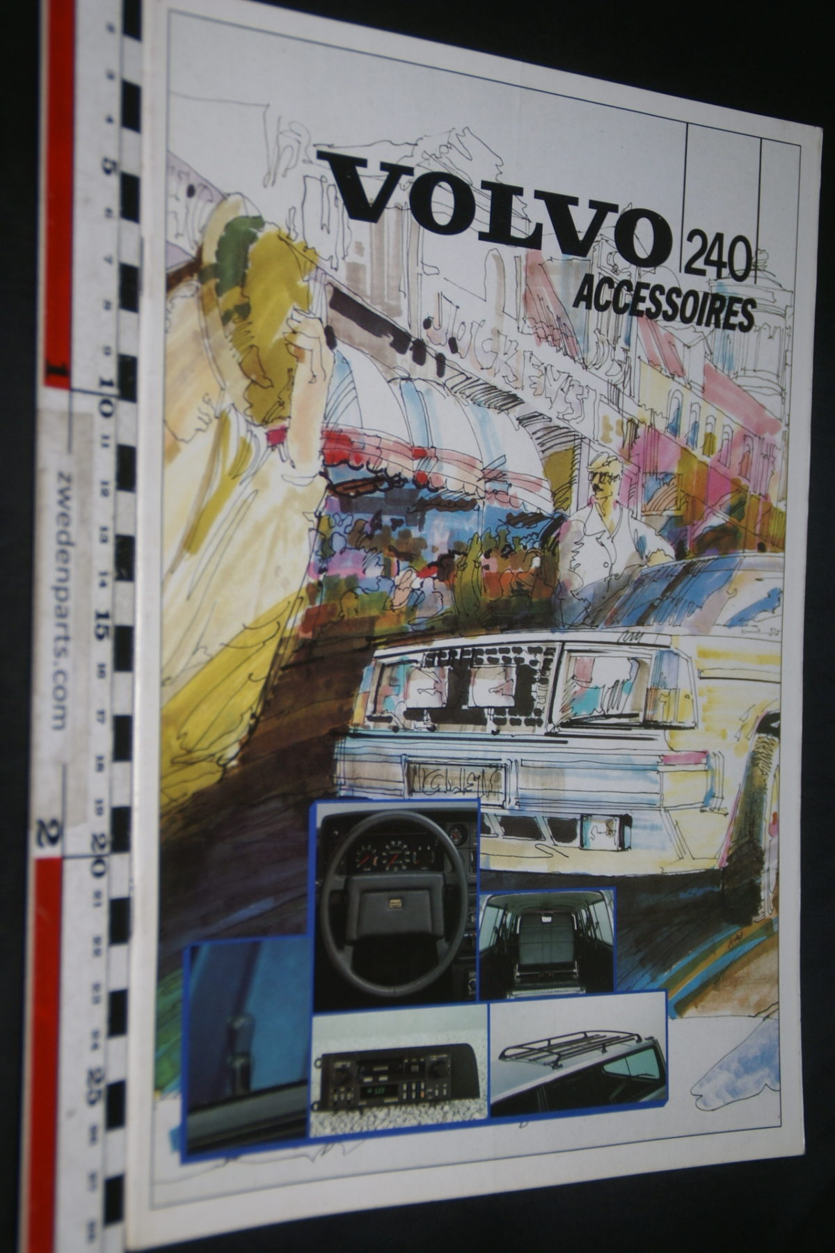DSC07946 1986 brochure Volvo 240 accessoires nr RSP 30110
