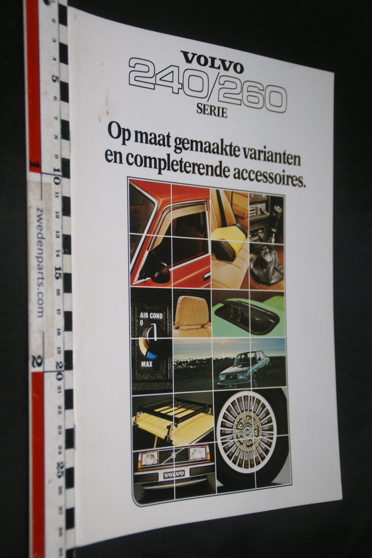 DSC07950 1978 brochure Volvo 240 260 accessoires nr RSP 34472
