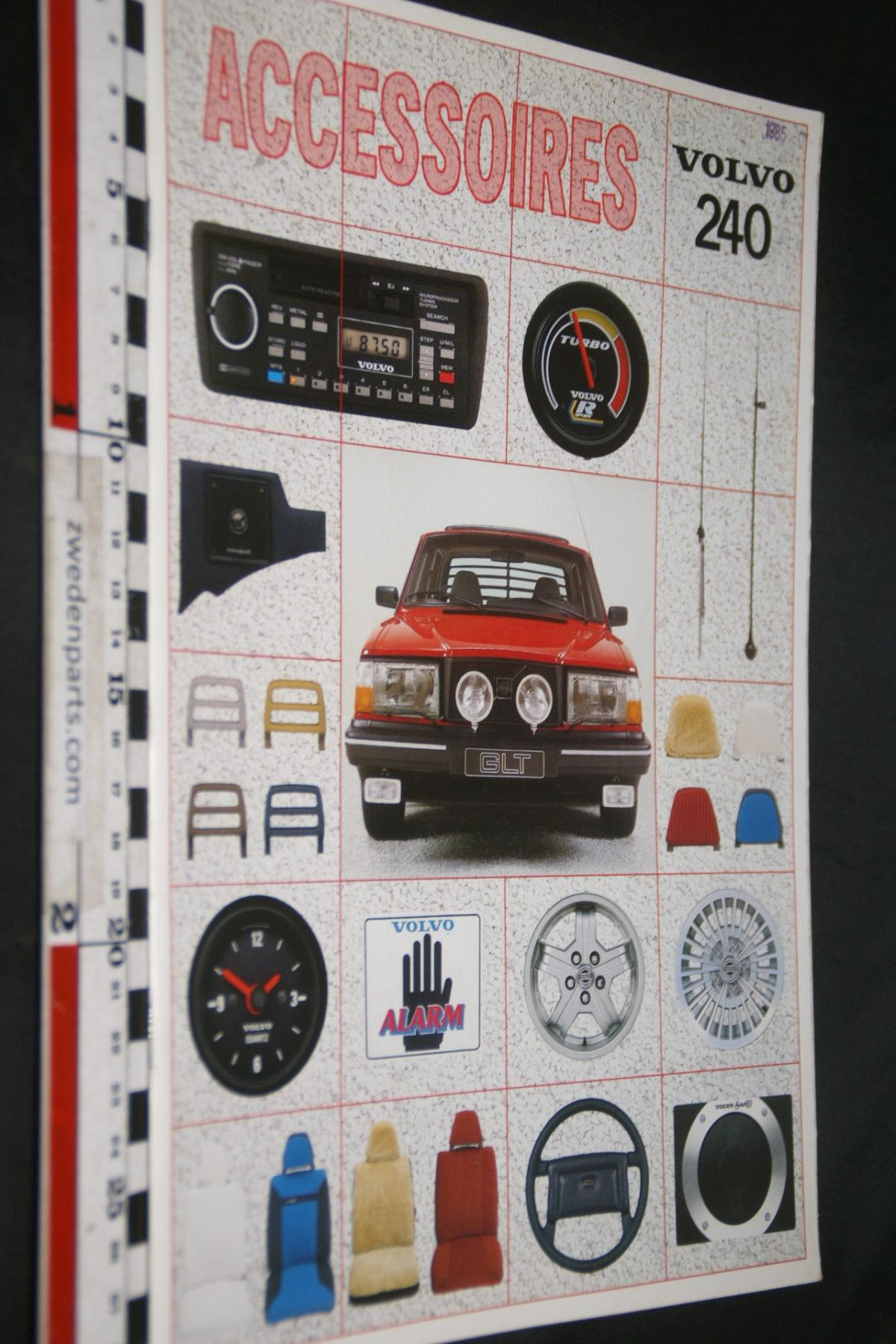 DSC07952 1984 brochure Volvo 240 accessoires nr RSP 39541