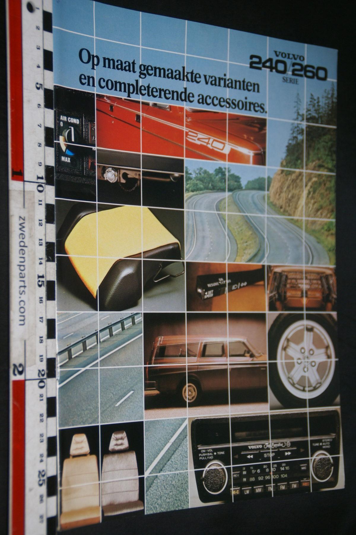 DSC07954 1979 brochure Volvo 240  260 accessoires nr RSP 34928