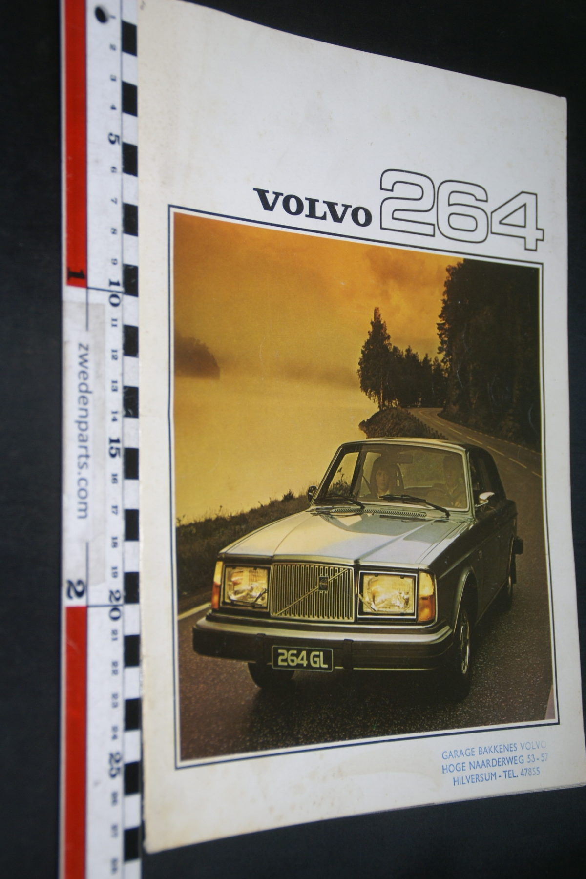 DSC07980 1976 brochure Volvo 264 nr RSPPV 2700-2