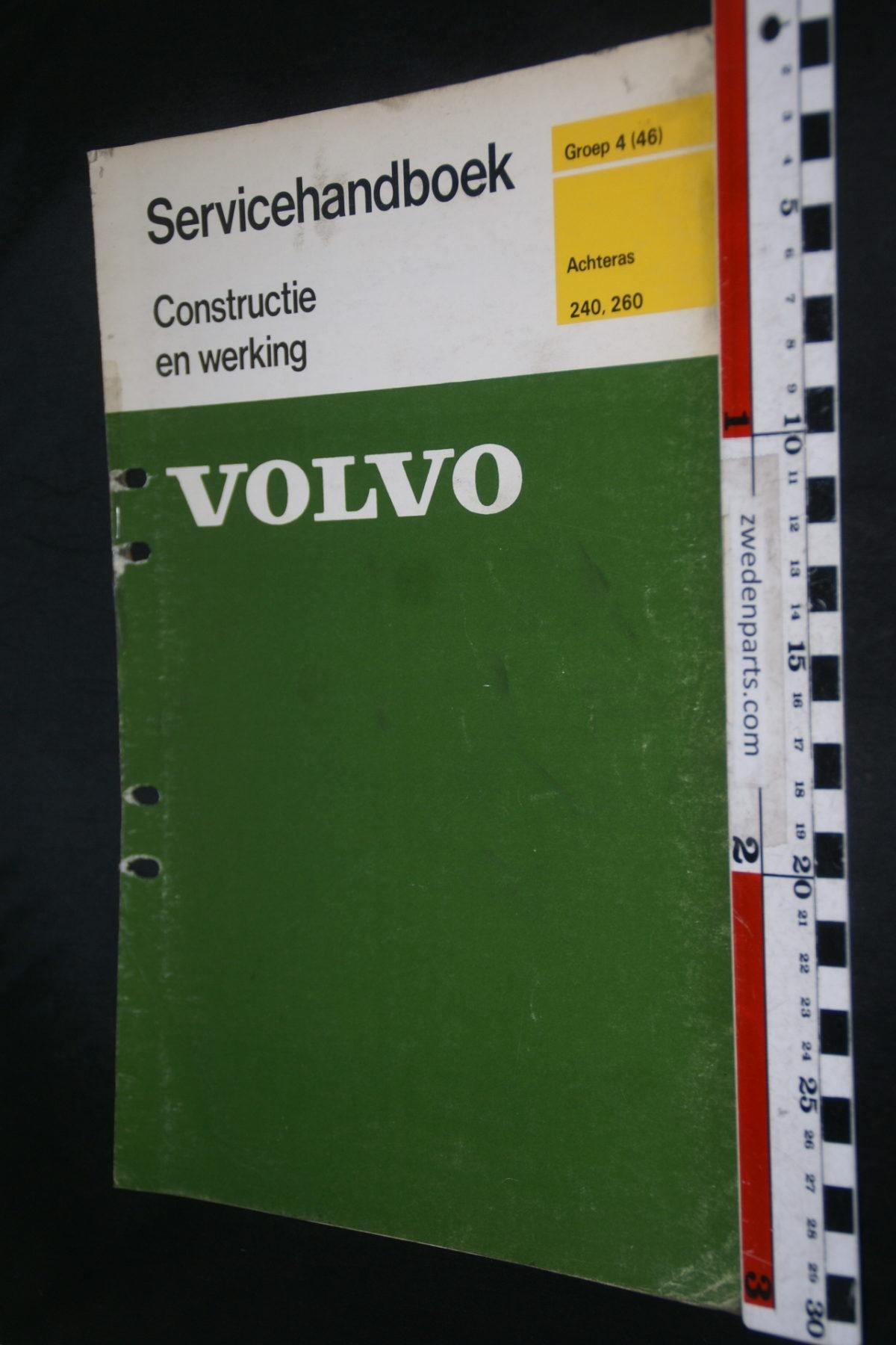 DSC08439 1976 origineel Volvo 240, 260 servicehandboek  4 (46) achteras 1 van 750 TP 11567-1