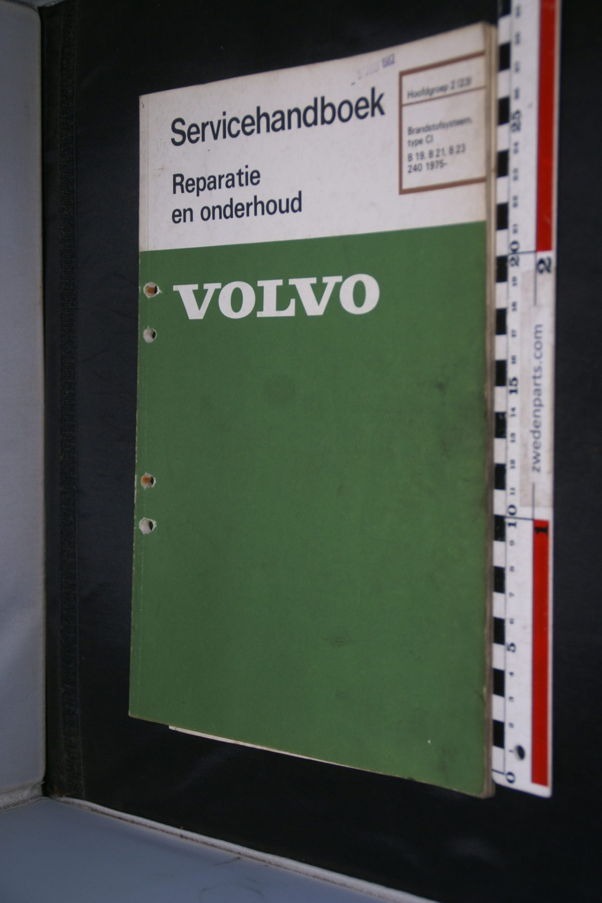 DSC08459 1982 origineel Volvo 240 servicehandboek  2 (23) brandstofsysteem CI B19 B21 B23 1 van 750 TP 30458-1