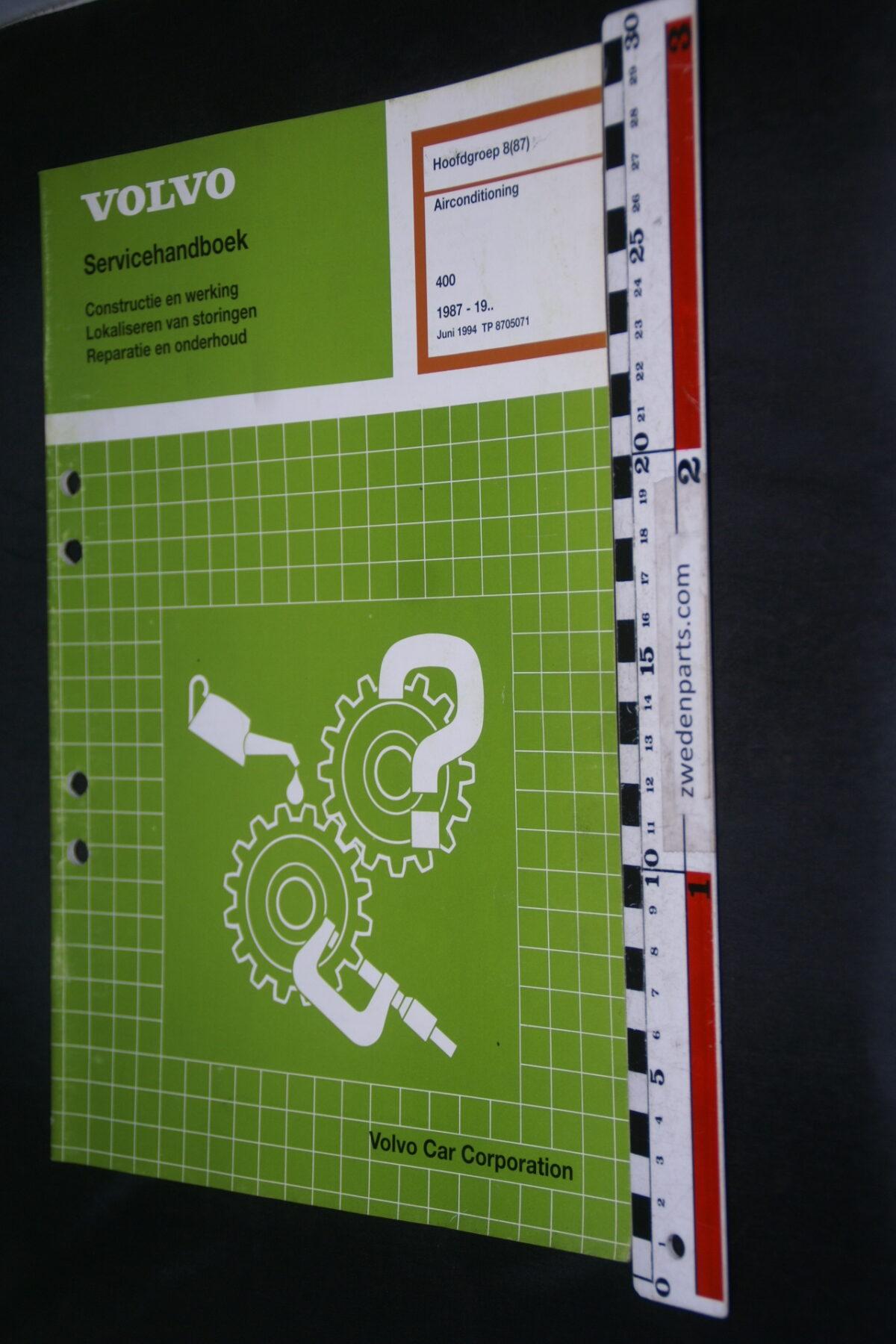DSC08517 1994 origineel Volvo 400 servicehandboek  8 (87) airco 1 van 1.000 TP 8705071