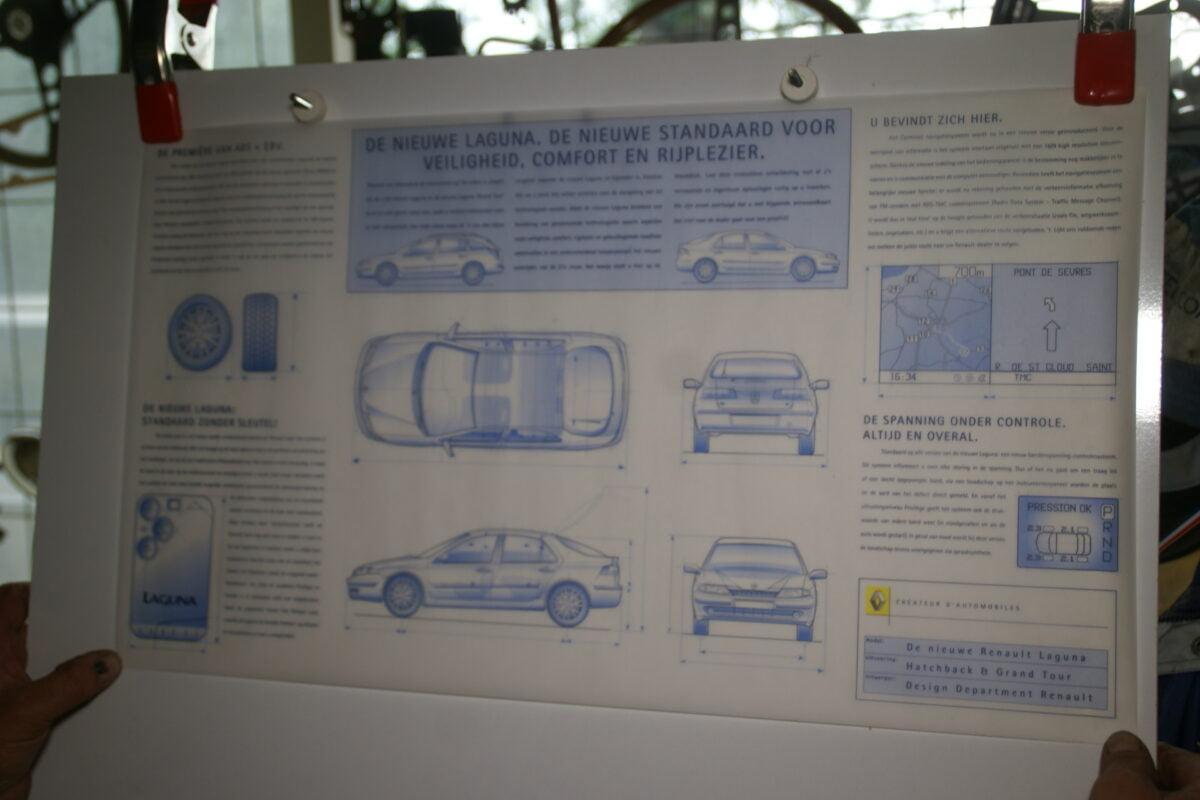 DSC08552 poster Renault Laguna