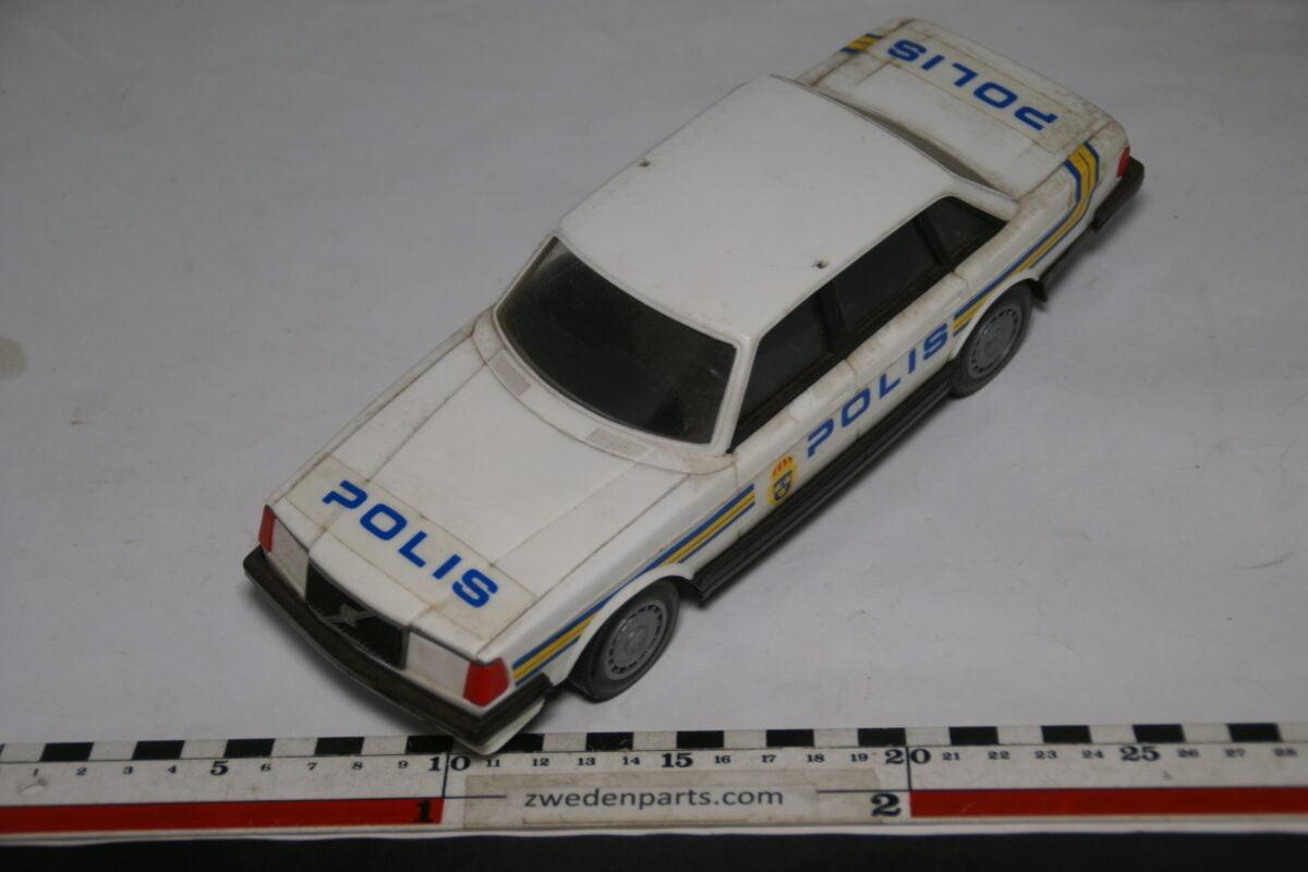 DSC08800 miniatuur Stahlberg Made in Finland Volvo 240GL Polis ca 1 op 18