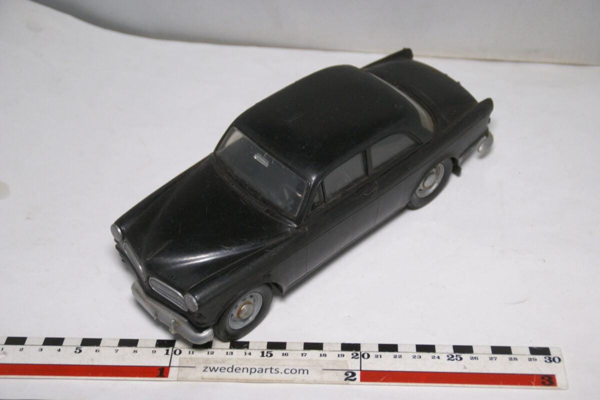 DSC08843 miniatuur Stahlberg Made in Finland Volvo Amazon zwart ca 1 op 18