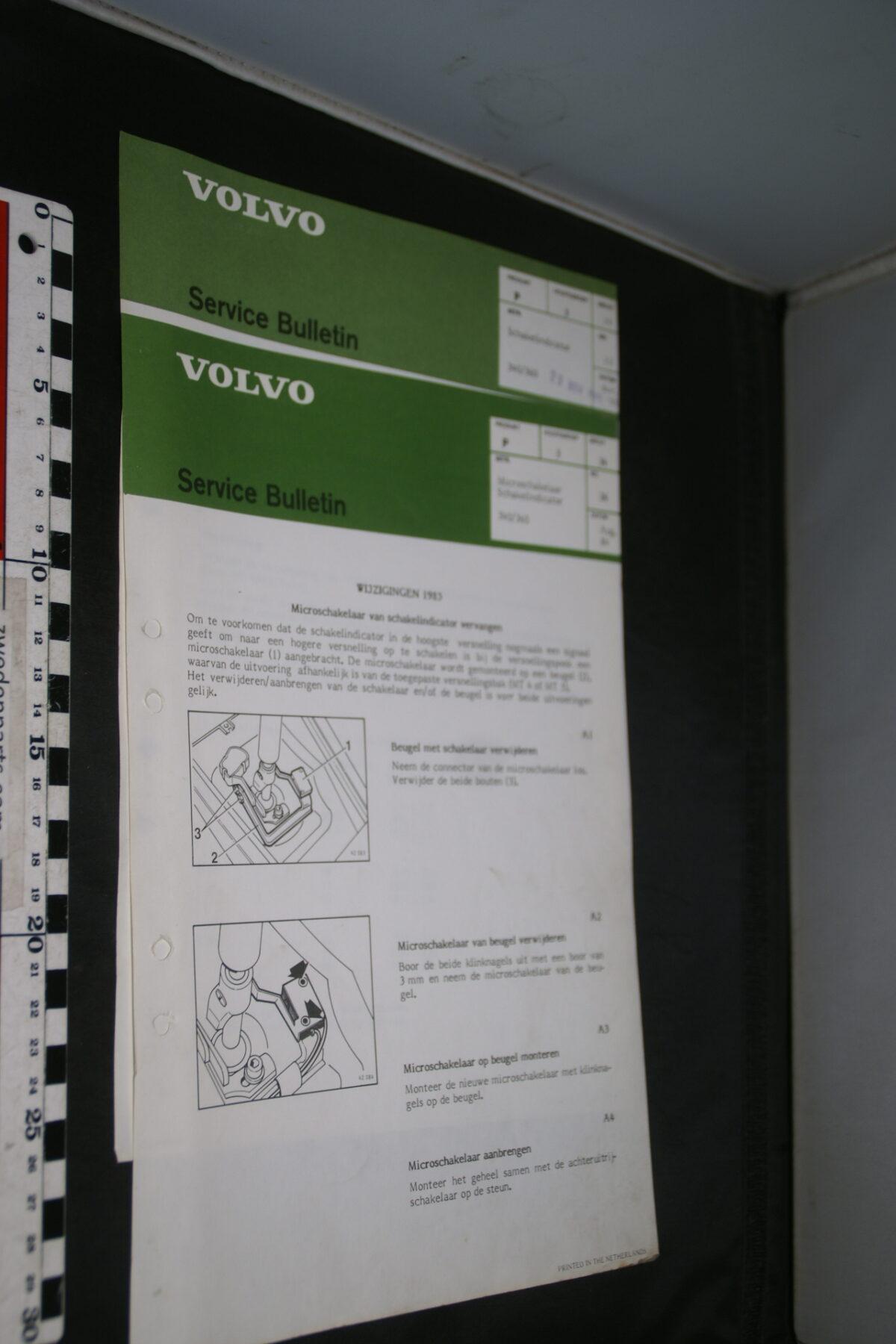 DSC08868 1986 origineel Volvo 340, 360 servicebulletin 2