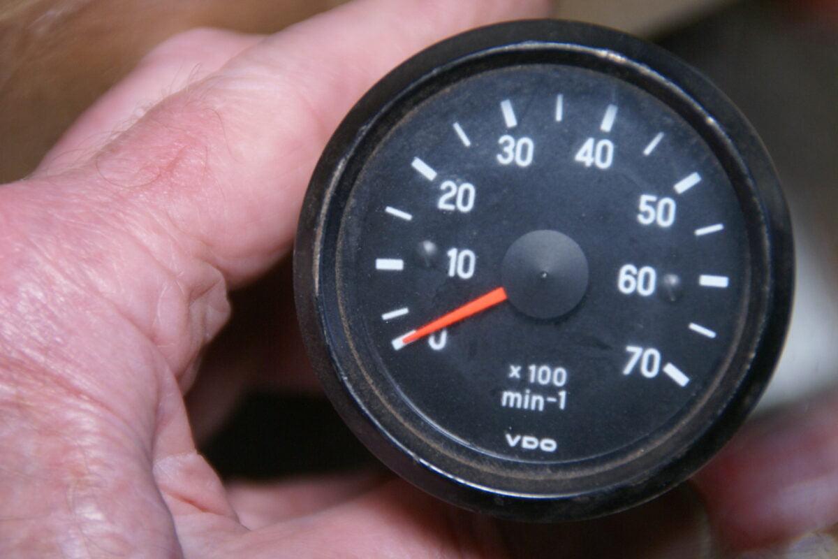 DSC08318 originele VDO toerenteller 52 mm nr 2301052