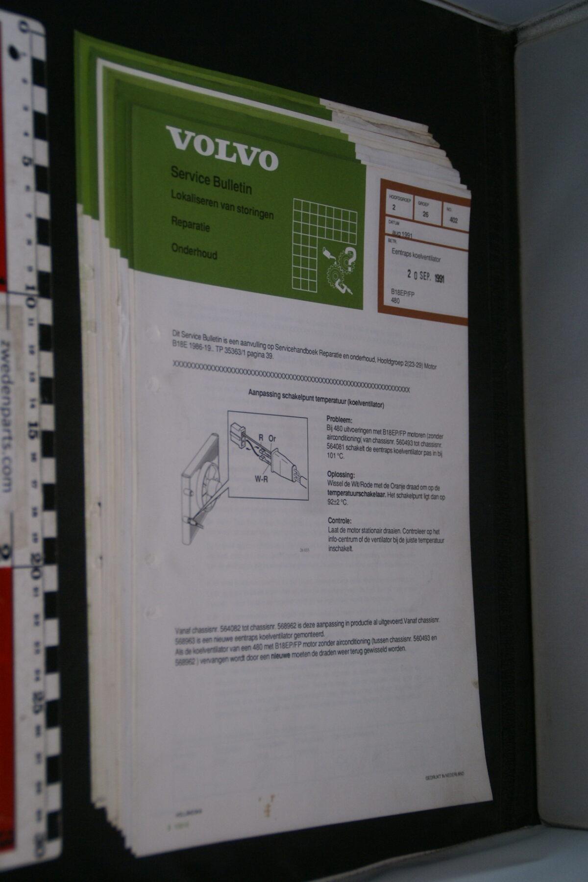 DSC09053 1991 origineel  Volvo 480 servicebulletin koelventilator en meer