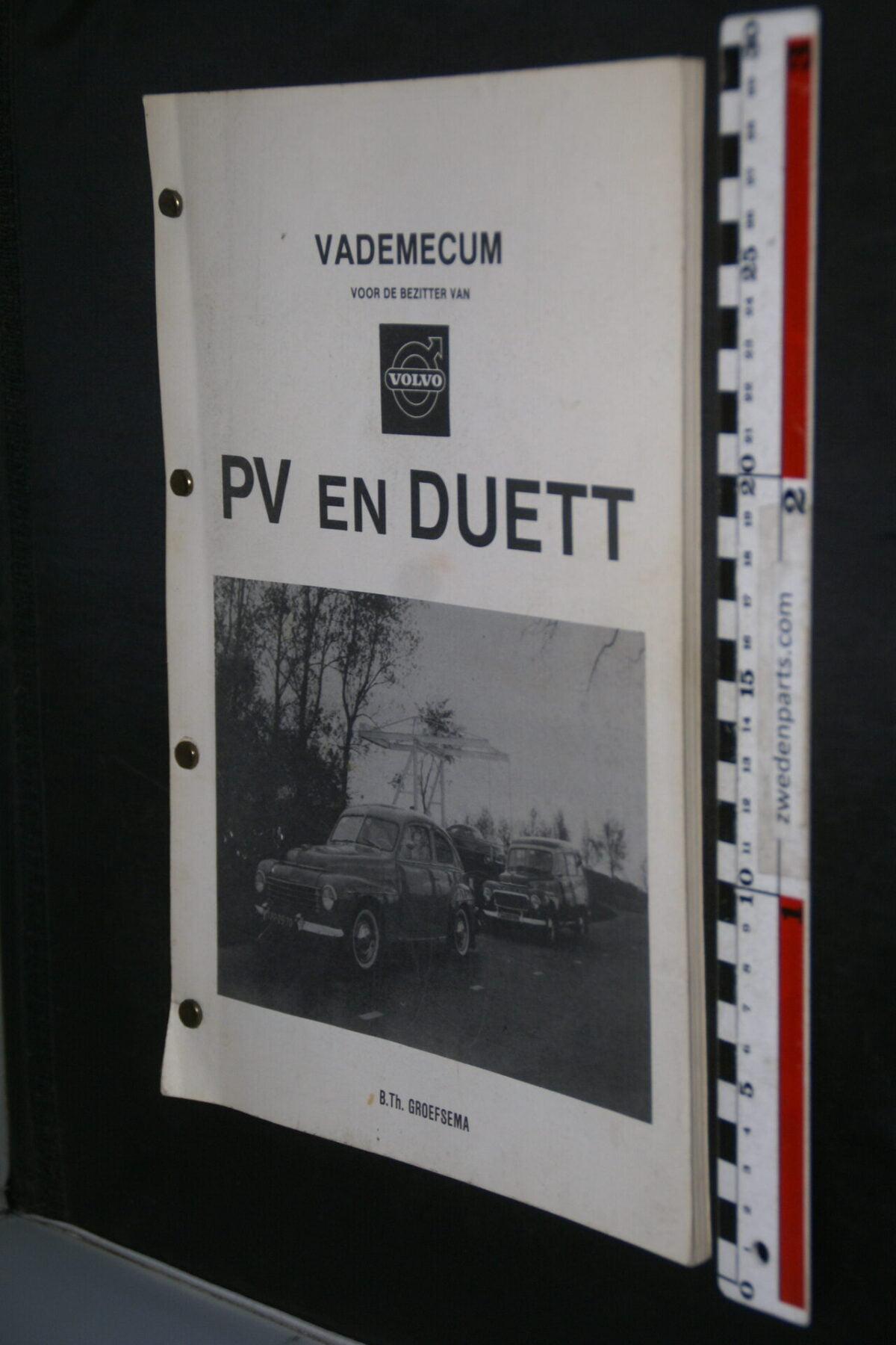 DSC09180 1981 Vademecum Volvo PV en Duett, 2e druk