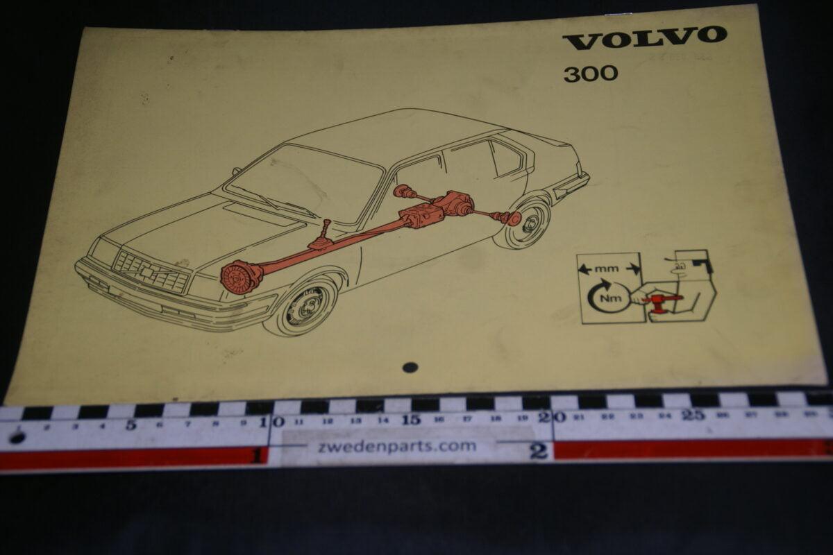 DSC09429 1982 origineel technische kaarten Volvo 300 1 van 6.500 nr TP 35153-1