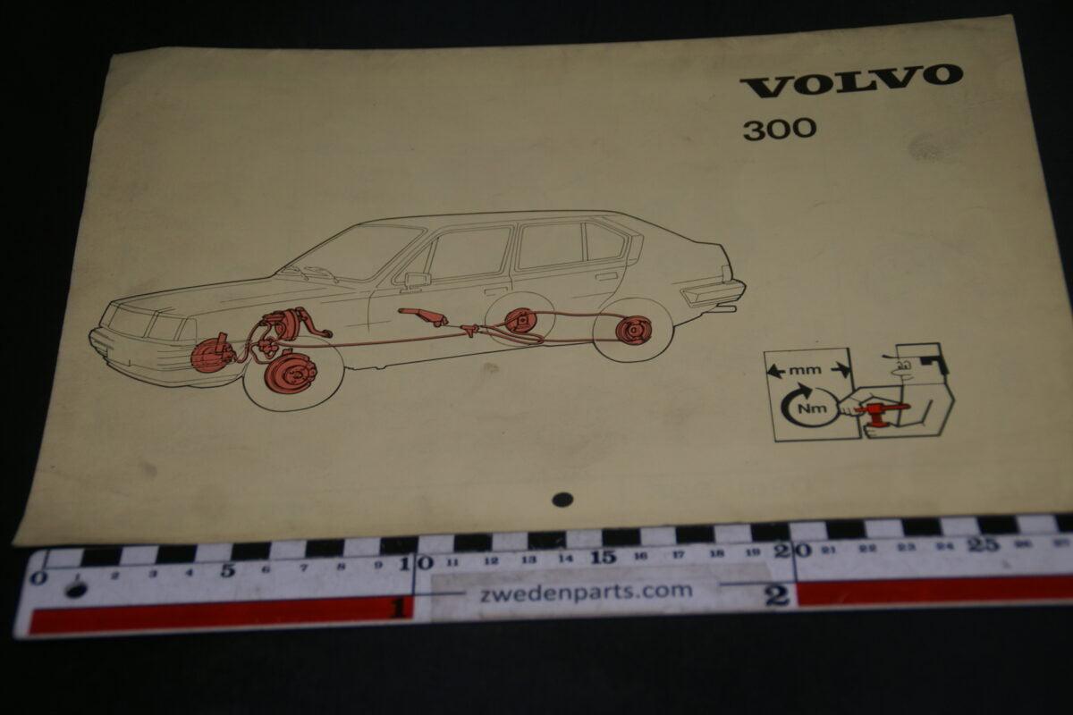 DSC09433 1983 origineel technische kaarten Volvo 300 1 van 6.000 nr TP 12258-2