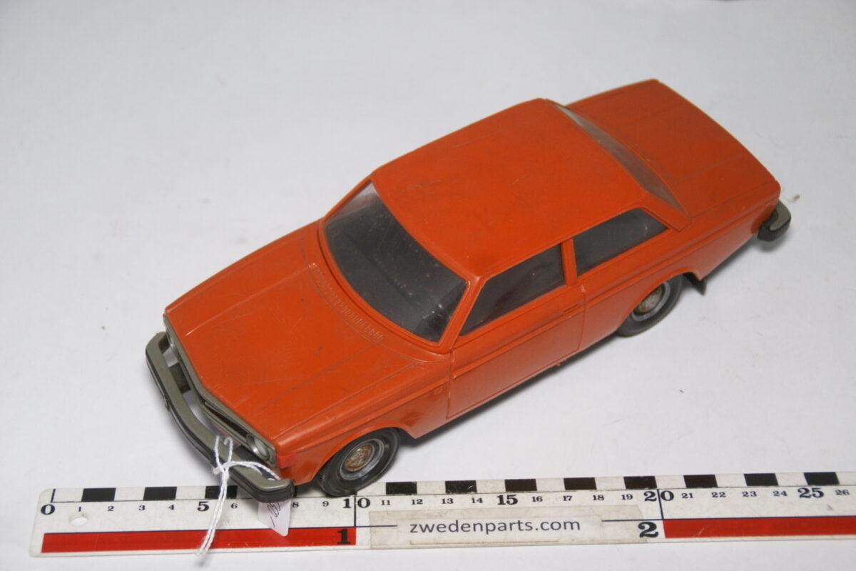 DSC09469 1974 minatuur Stahlberg Made in Finland Volvo 140 142 oranje ca 1op18