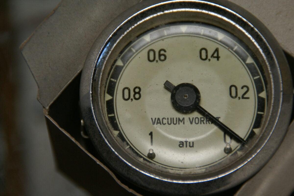 DSC08333 1962  originele vacuummeter 52 mm-94433cf0