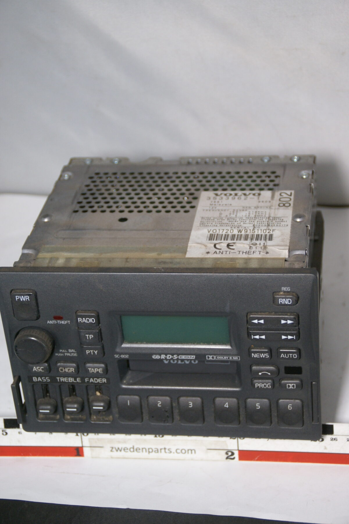 DSC08354 originele Volvo bigfront radio cassettespeler SC802 zonder code-4452095c