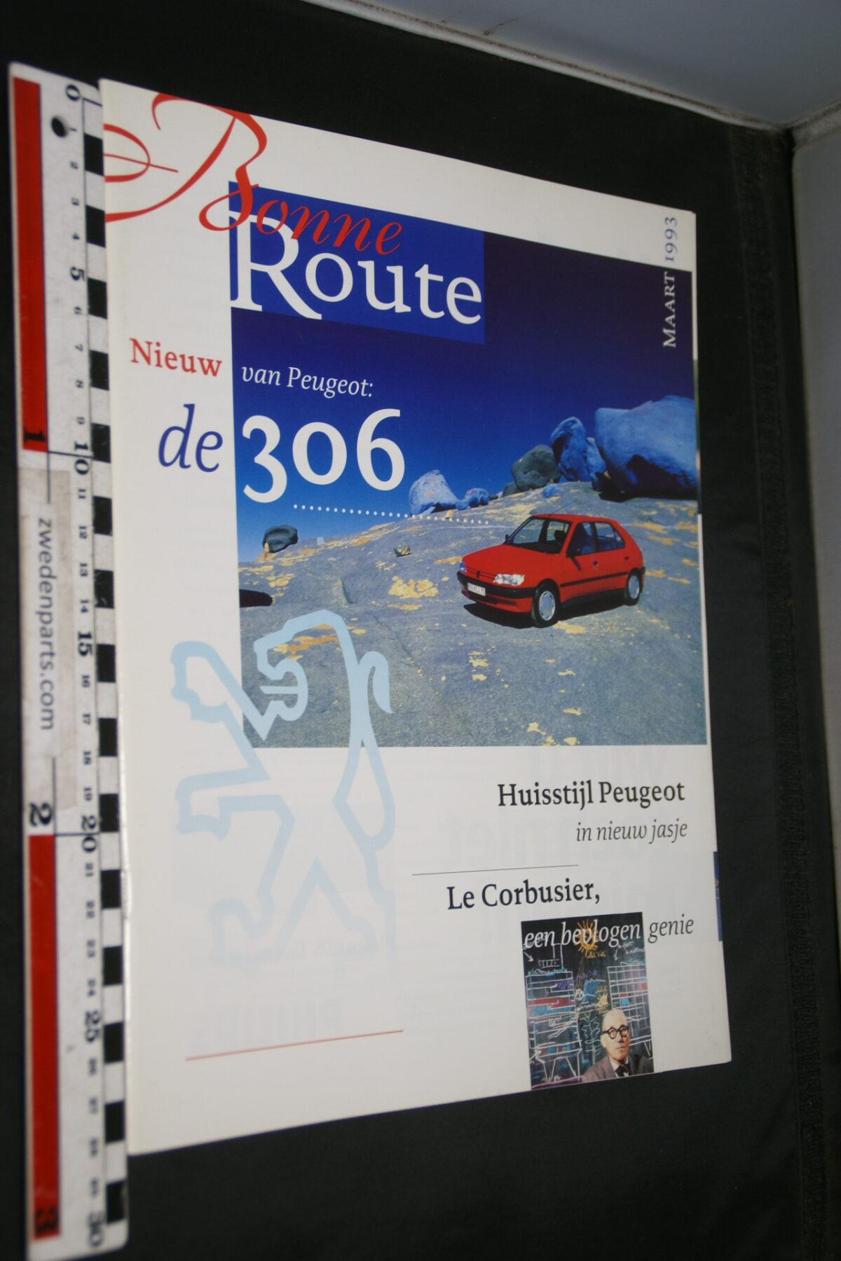 DSC08372 origineel tijdschrift Bonne Route met Renault 306 en Le Corbusier-19310dc8