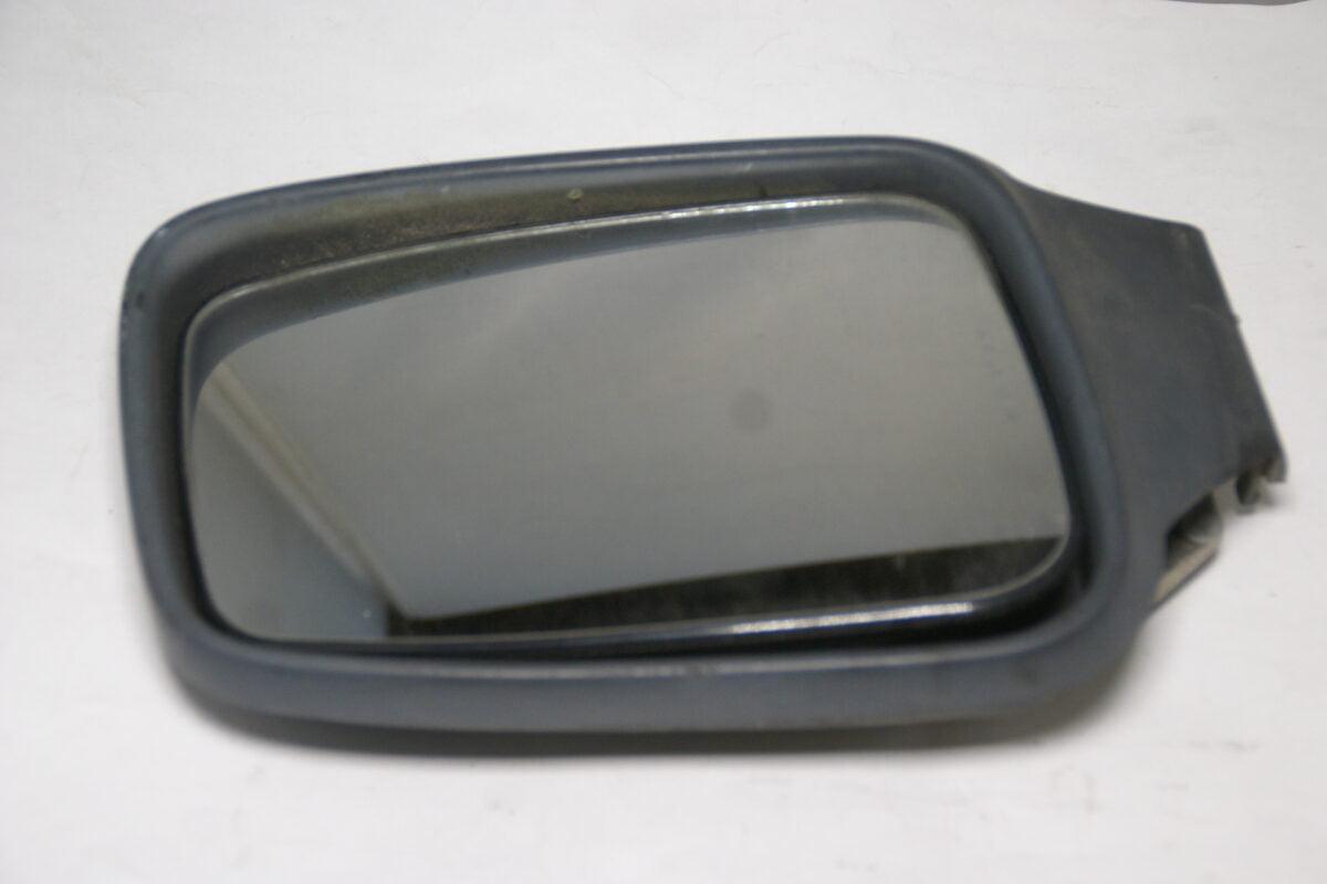 DSC09689 Volvo 850 SV70 spiegelkap rechts nr 3512036-829e6d46