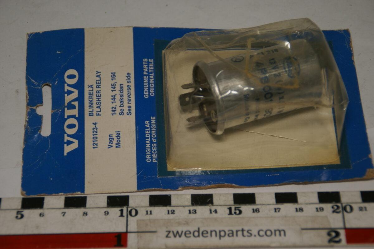 DSC09729 Volvo flasherrelais nr 1210123 NOS-95bab4d3