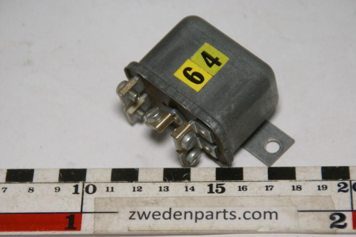 DSC09738 BOSCH relais 332200009 NOS-db075190