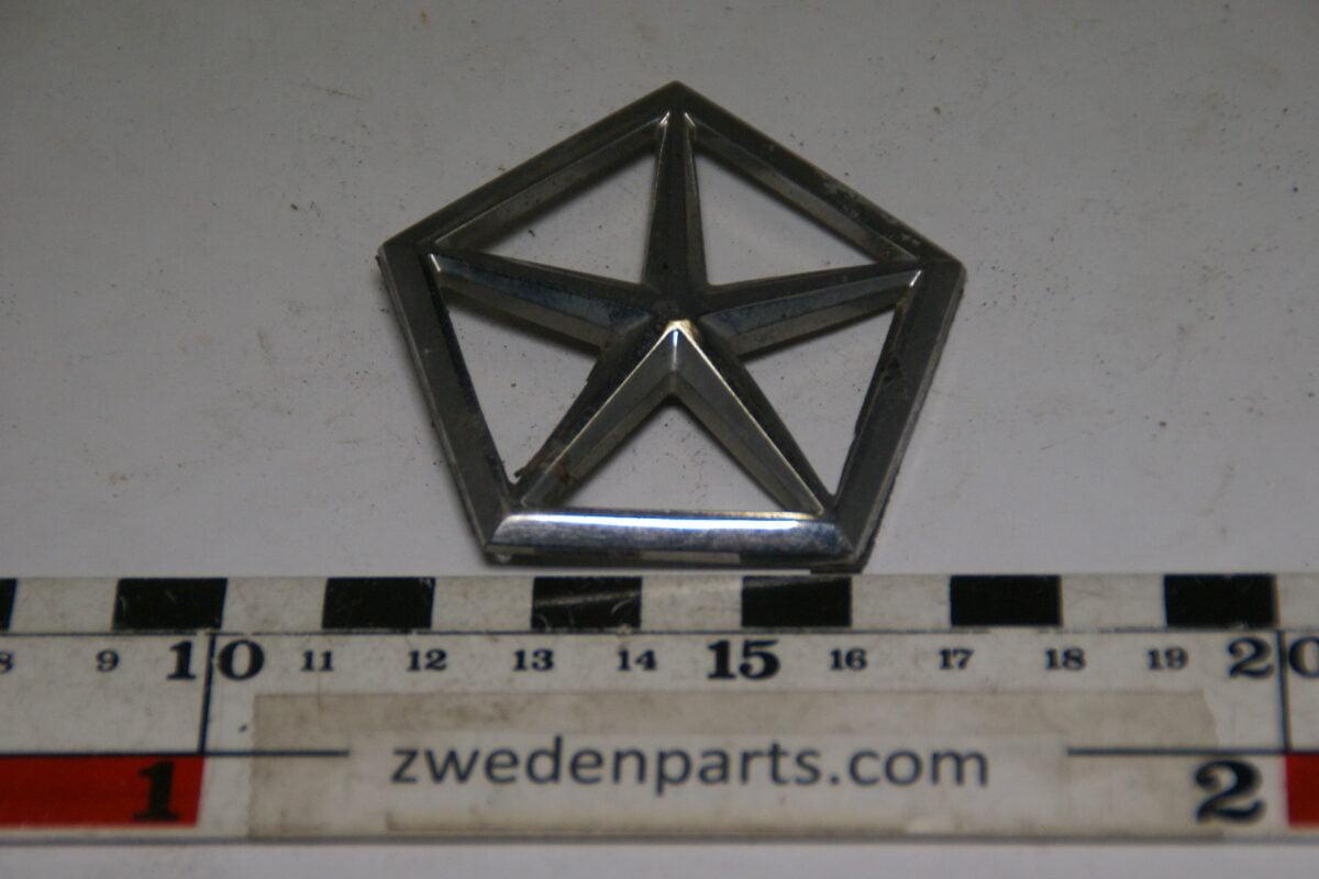 DSC00088 origineel embleem Chrysler-d5bf636d