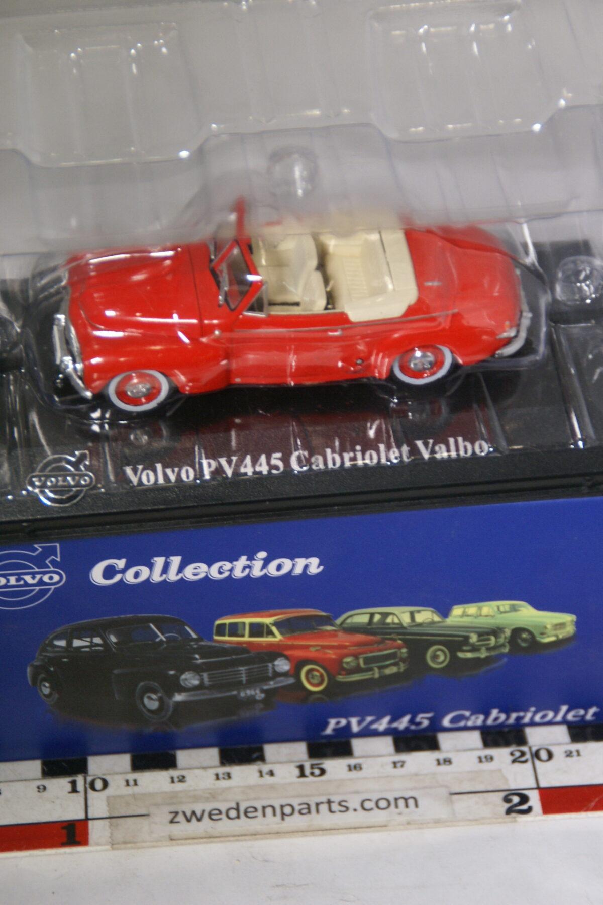 DSC00529 miniatuur Volvo PV445 Valbo Cabriolet rood 1op43 Atlas 78 nieuw in originele verpakking-36464a95