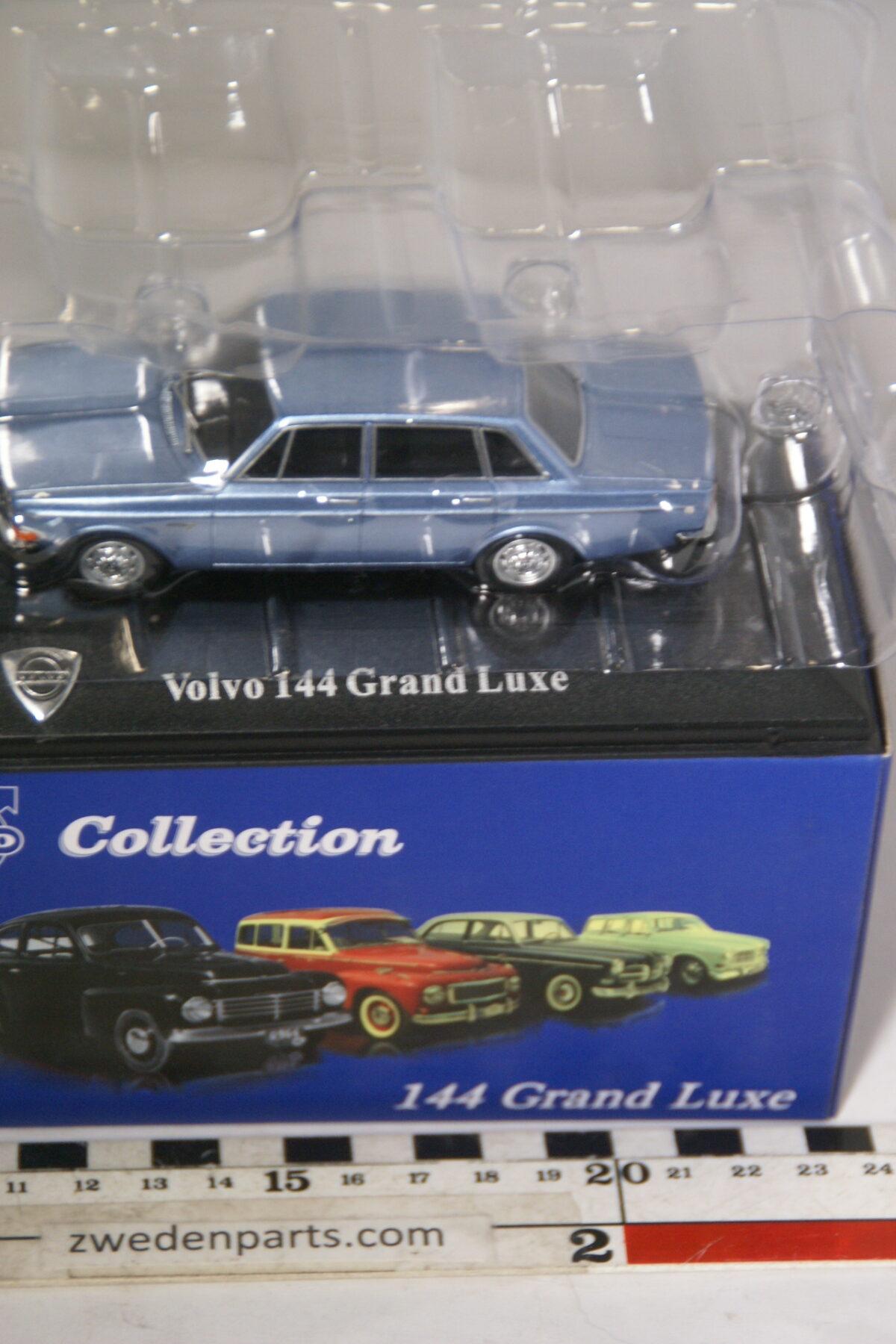 DSC00543 miniatuur Volvo 144GL blauw metallic 1op43 Atlas 80 nieuw in originele verpakking-1ada2a3e