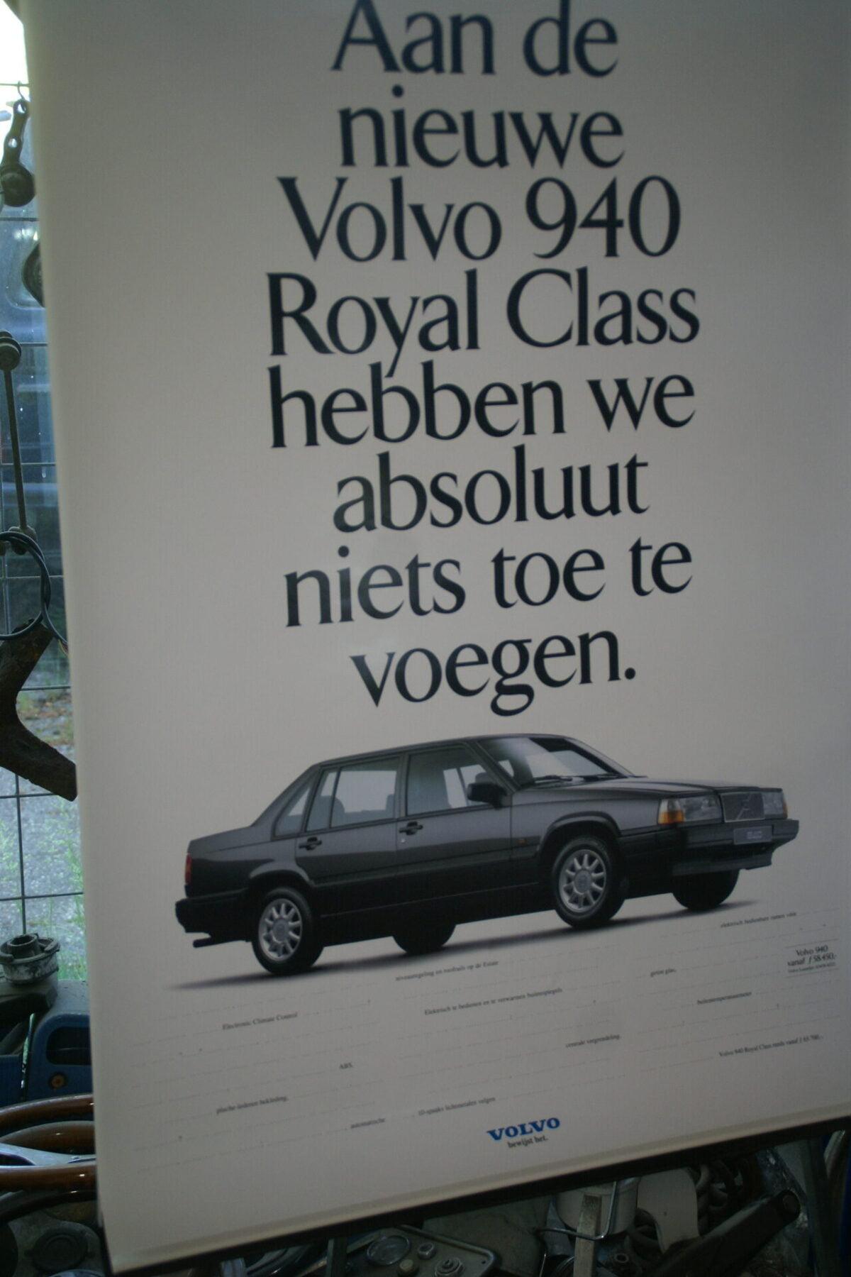 DSC07740 ca 1995 originele poster Volvo 940 944 Royal Class ca 50 x 70 cm nr-6e2d9e66