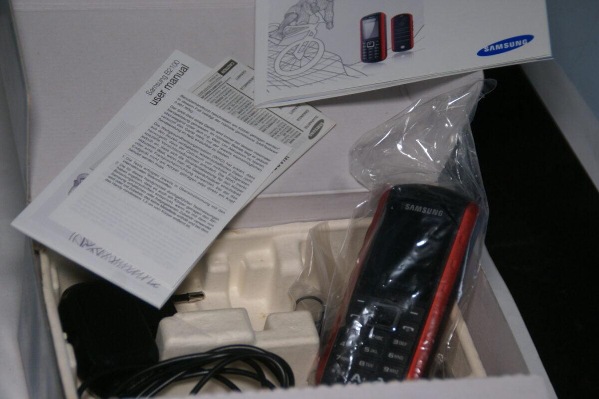 DSC09568 Samsung telefoon GT-B2100 rood absolute nieuwstaat, MB-a2ef8b3a