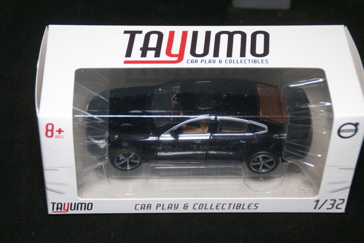 DSC09600 miniatuur Volvo S90 onyx zwart 1op32 Tayumo nr 32100112 MB-6acd8ca4