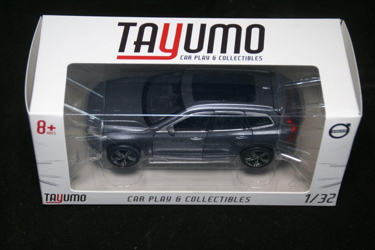 DSC09602 miniatuur Volvo XC60 osmium grijs 1op32 Tayumo nr 32100115 MB-0601d55e