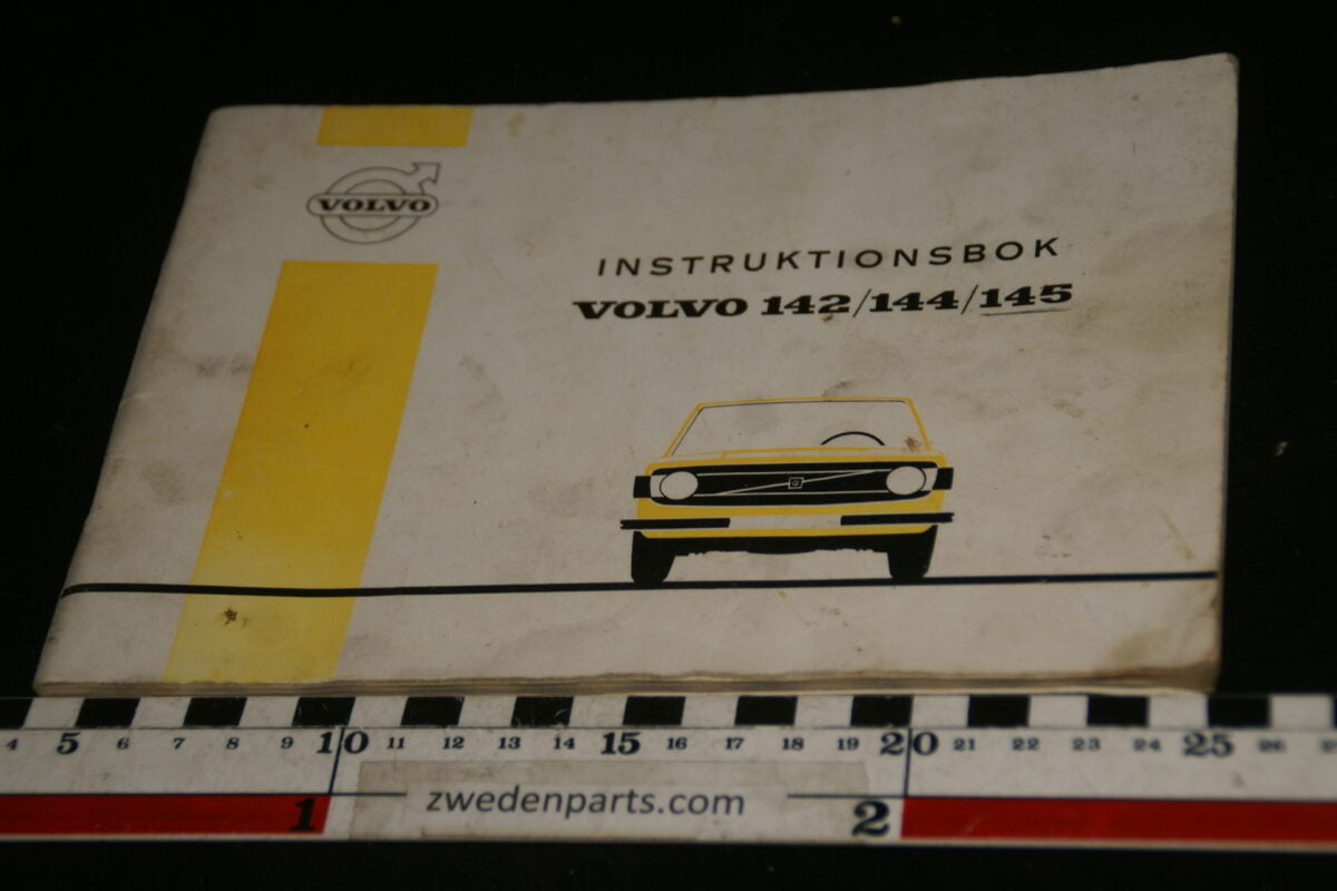 DSC00155 1972 origineel Volvo 140 instructieboekje TP951-1, Svensk-3131663a