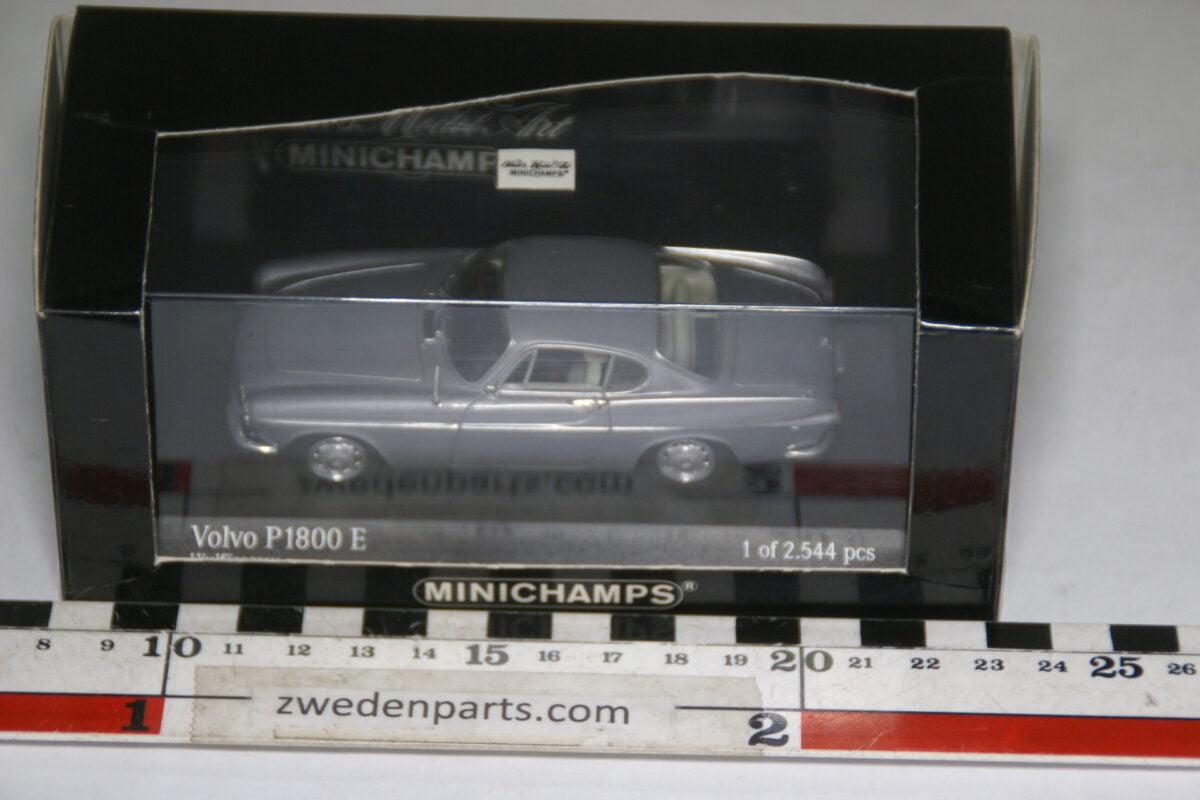 DSC00414 miniatuur 1969 Volvo P1800 grijs 1op43 Minichamps 430171624 MB-3d292721