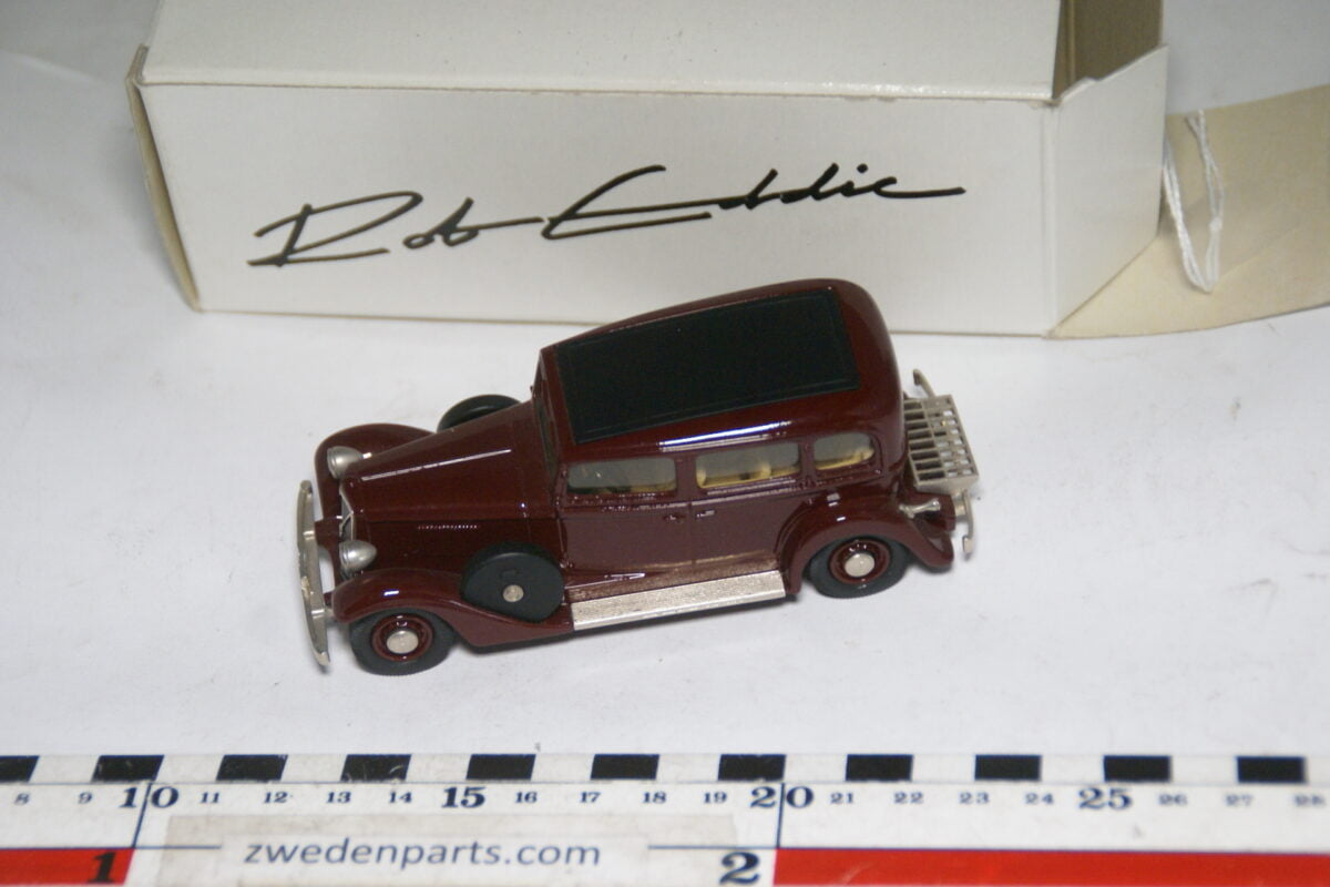 DSC00481 miniatuur 1937 Volvo TR704 rood 1op43 Rob Eddie 1 van 400 nr RE14 MB-b35d78eb
