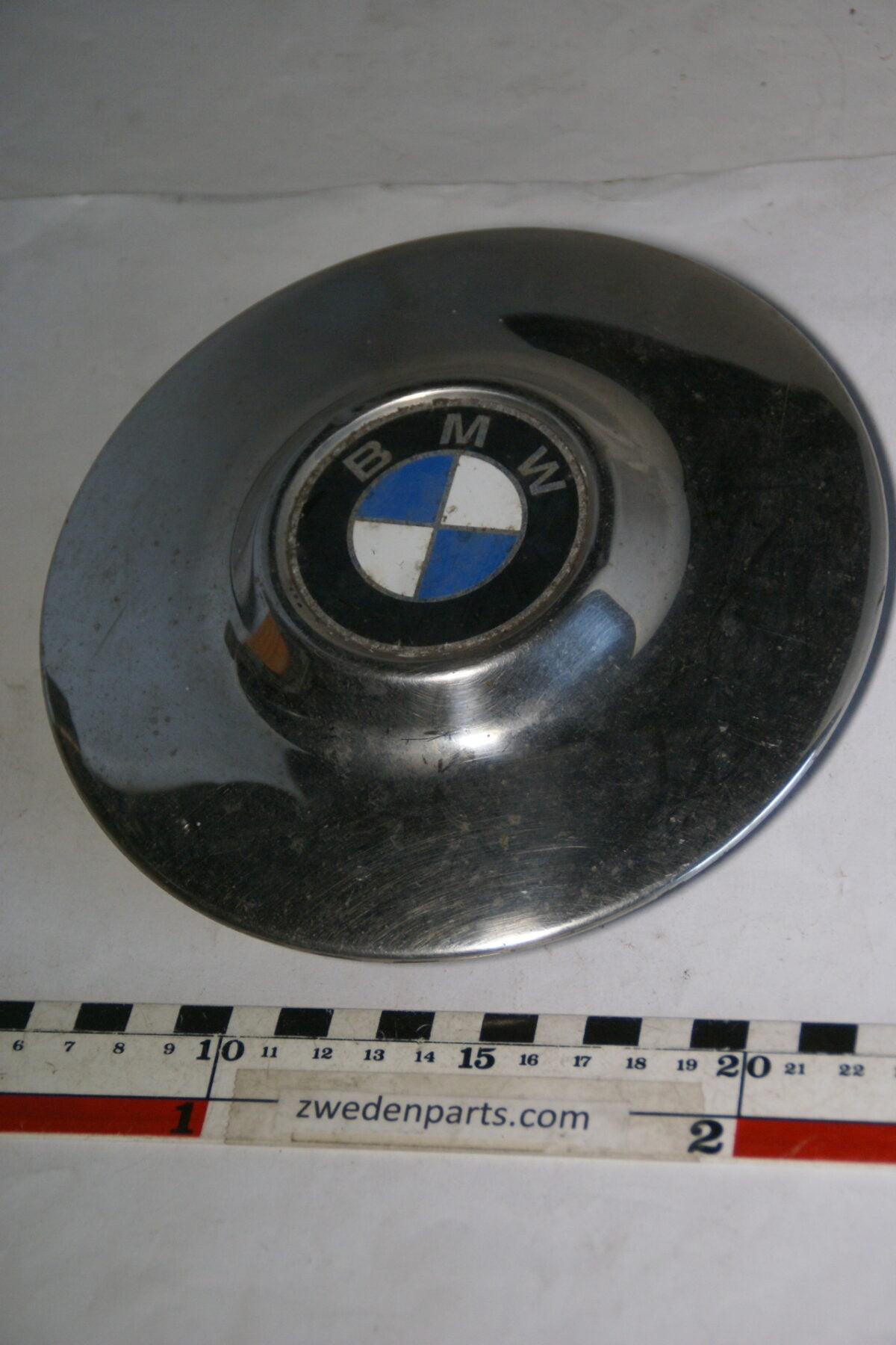 DSC01171 ca 1965 origineel BMW wieldop-d30d43db