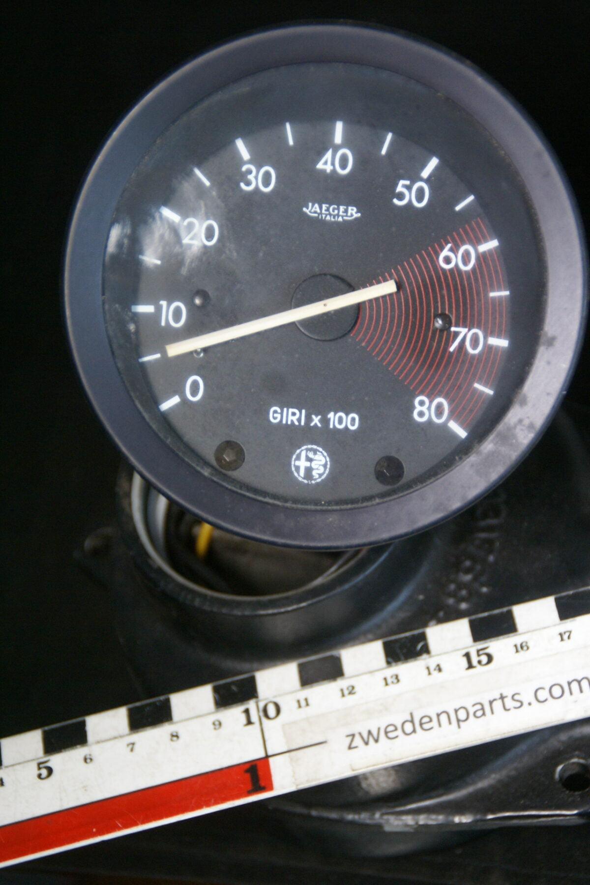 DSC01182 origineel Alfa Romeo 1750 toerenteller JAEGER-957ba86e