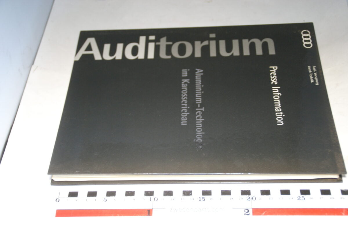 DSC01219 1993 persmap origineel Audi Auditorium, aluminium technologie spaceframe Deutsch-7f45f8c4