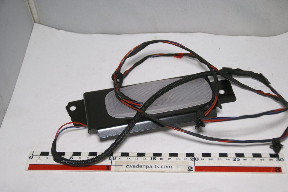 DSC09873 origineel Mercedes Sprinter binnenlamp boven schuifdeur met metalen houder nr 163321-6b1e5b5b