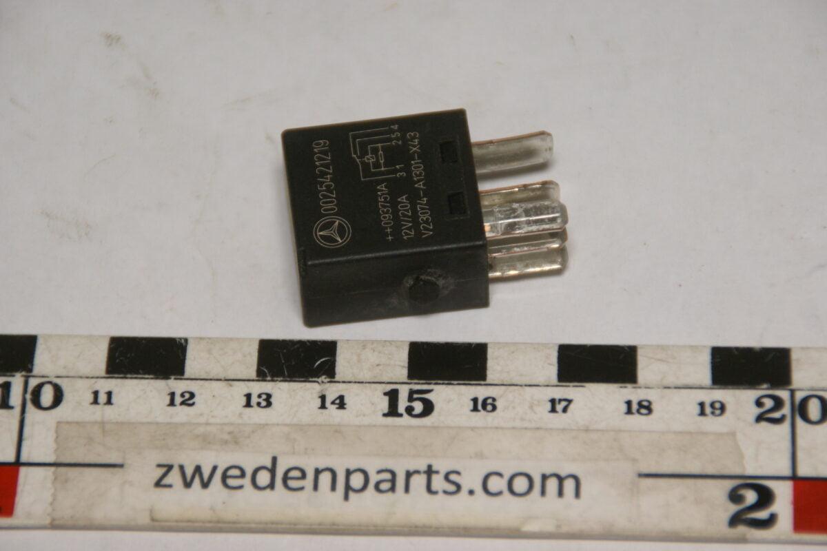 DSC09891 origineel Mercedes relais  nr 0025421219-8dd5d339