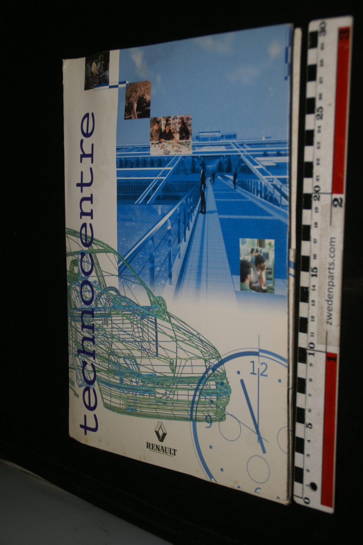 DSC00023 1995 originele persmap Renault Technocentre, English-d4c03ba4