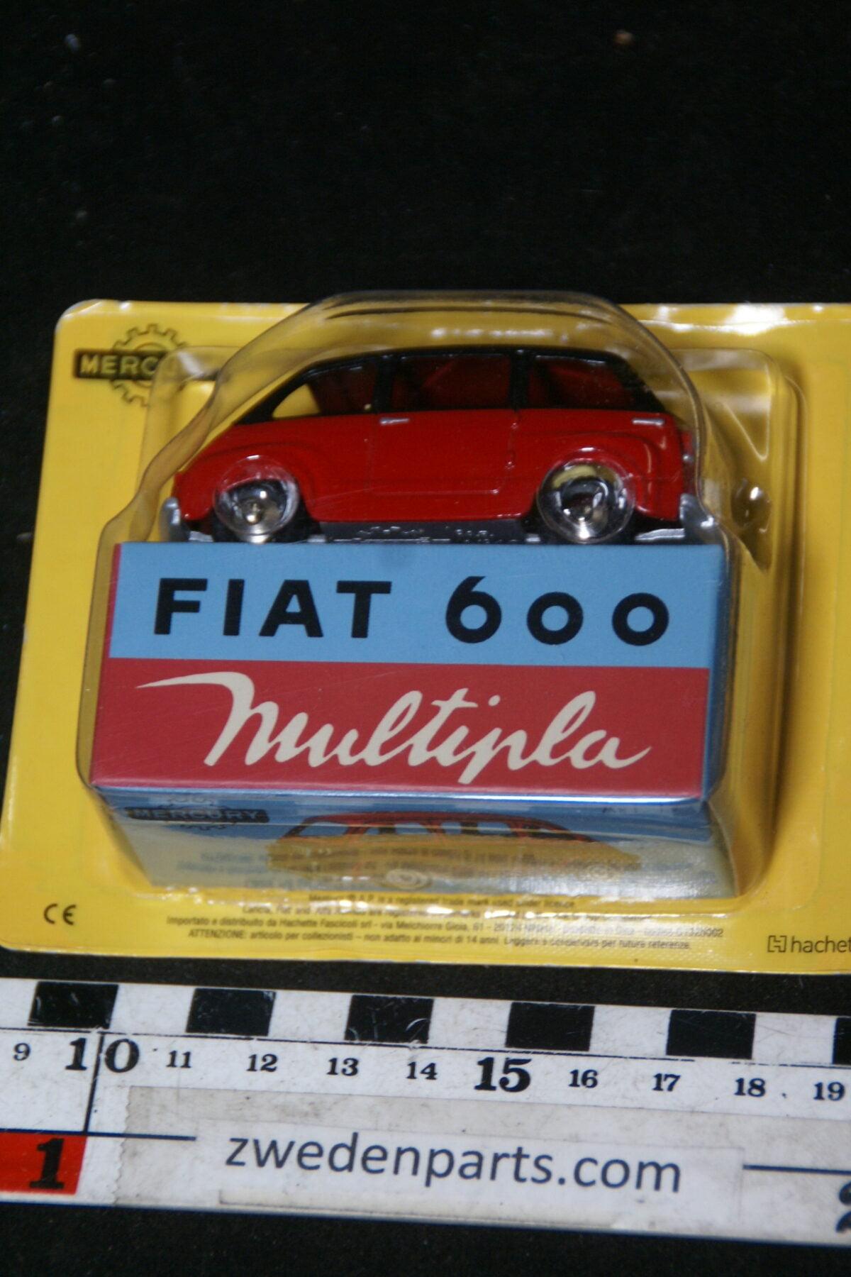 DSC01500 miniatuur Fiat 600 Multipla rood zwart 1op43 Mercury, MB-e05908f1