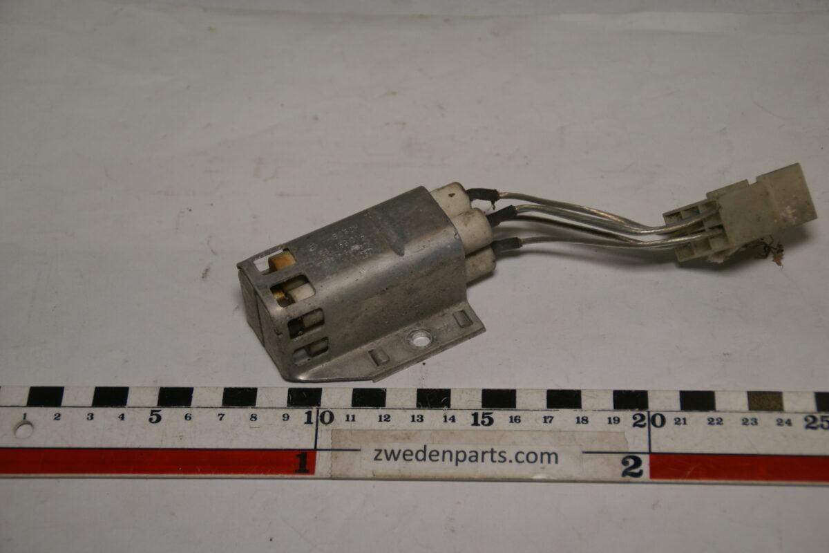 DSC01518 origineel BOSCH Volvo voorschakelweerstand nr 0200159014-f452a983