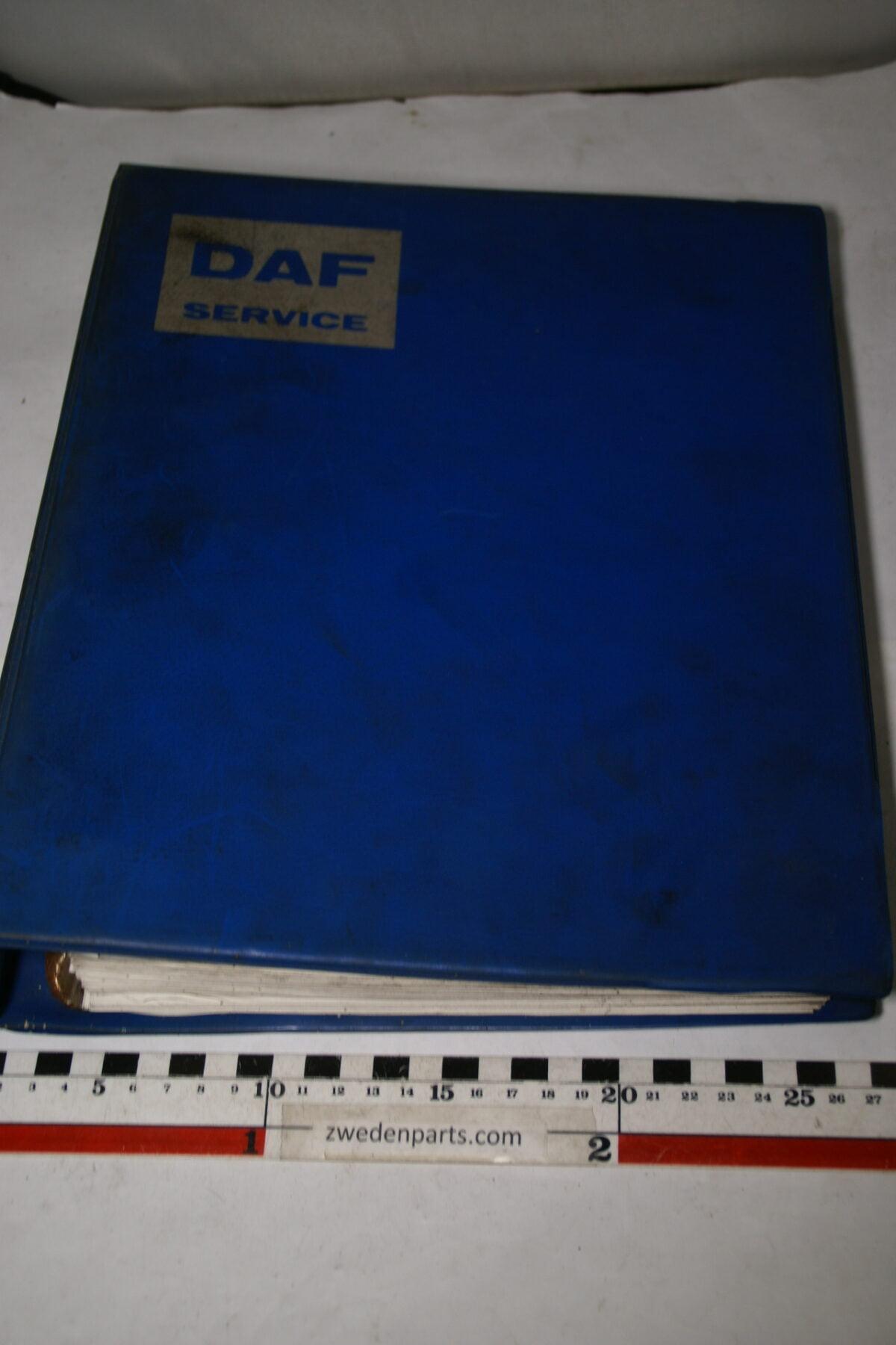 DSC01566 origineel DAF 55 onderdelenboek-2e958d21