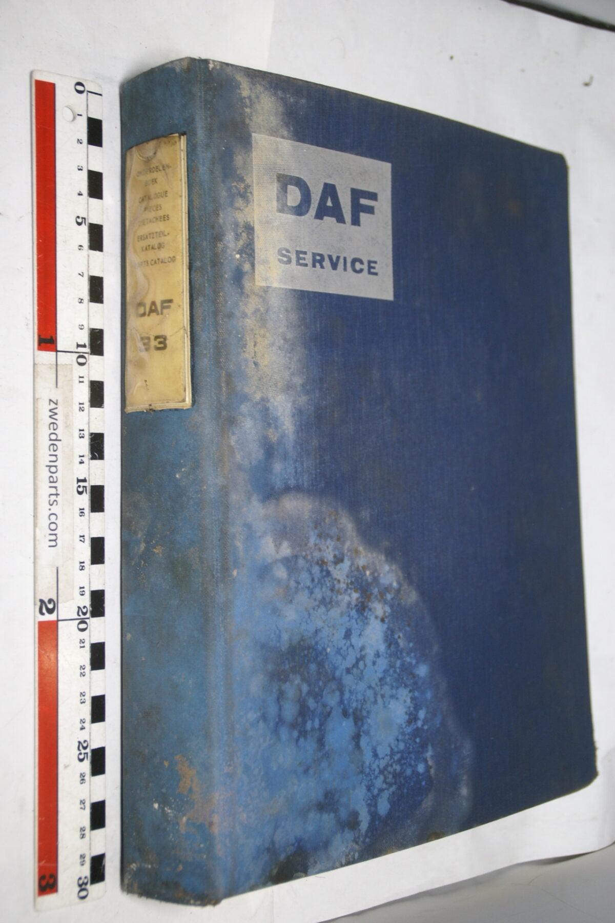 DSC01581 origineel DAF 33 onderdelenboek-78ebeb0a