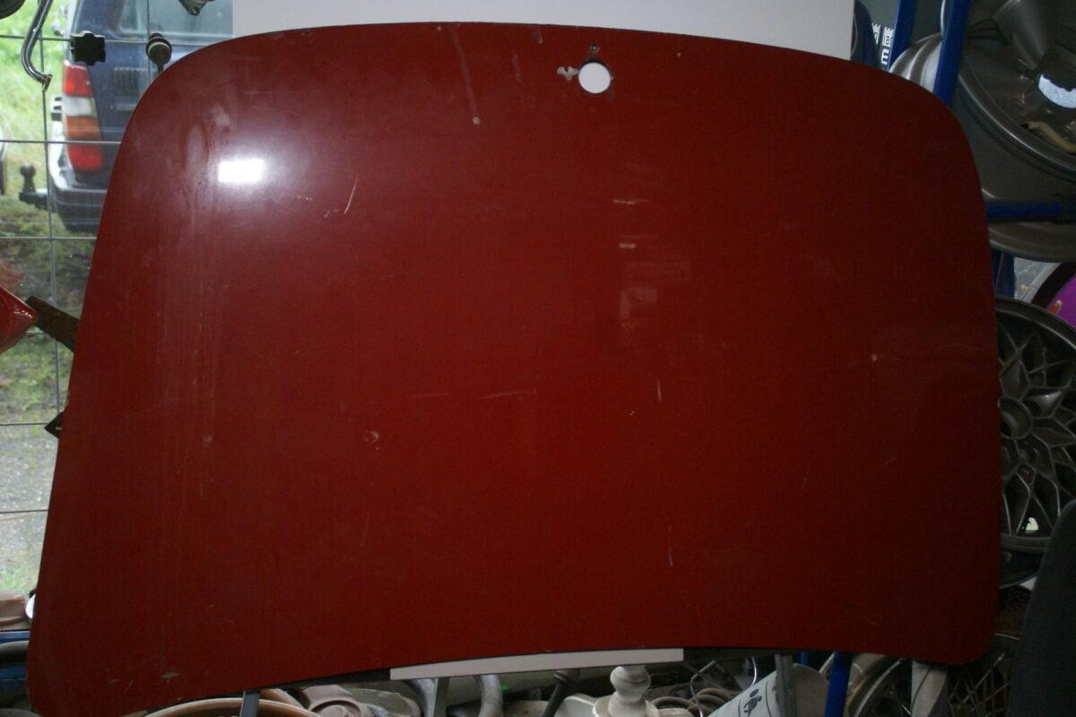 DSC01730 Volvo P1800 kofferdeksel rood-72d27d35